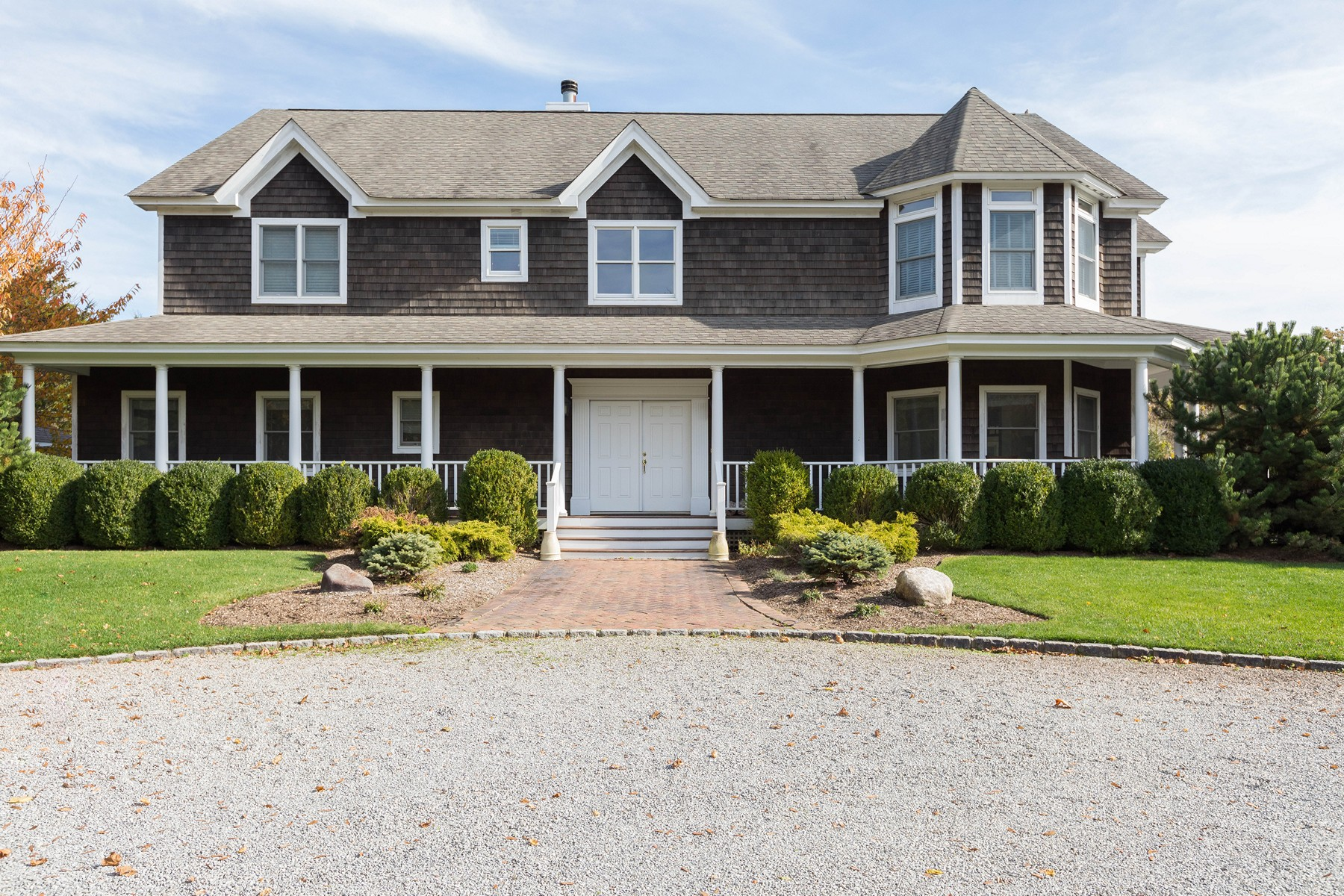 Single Family Homes for Sale at Quogue 24 Old Main Rd Quogue, New York 11959 United States