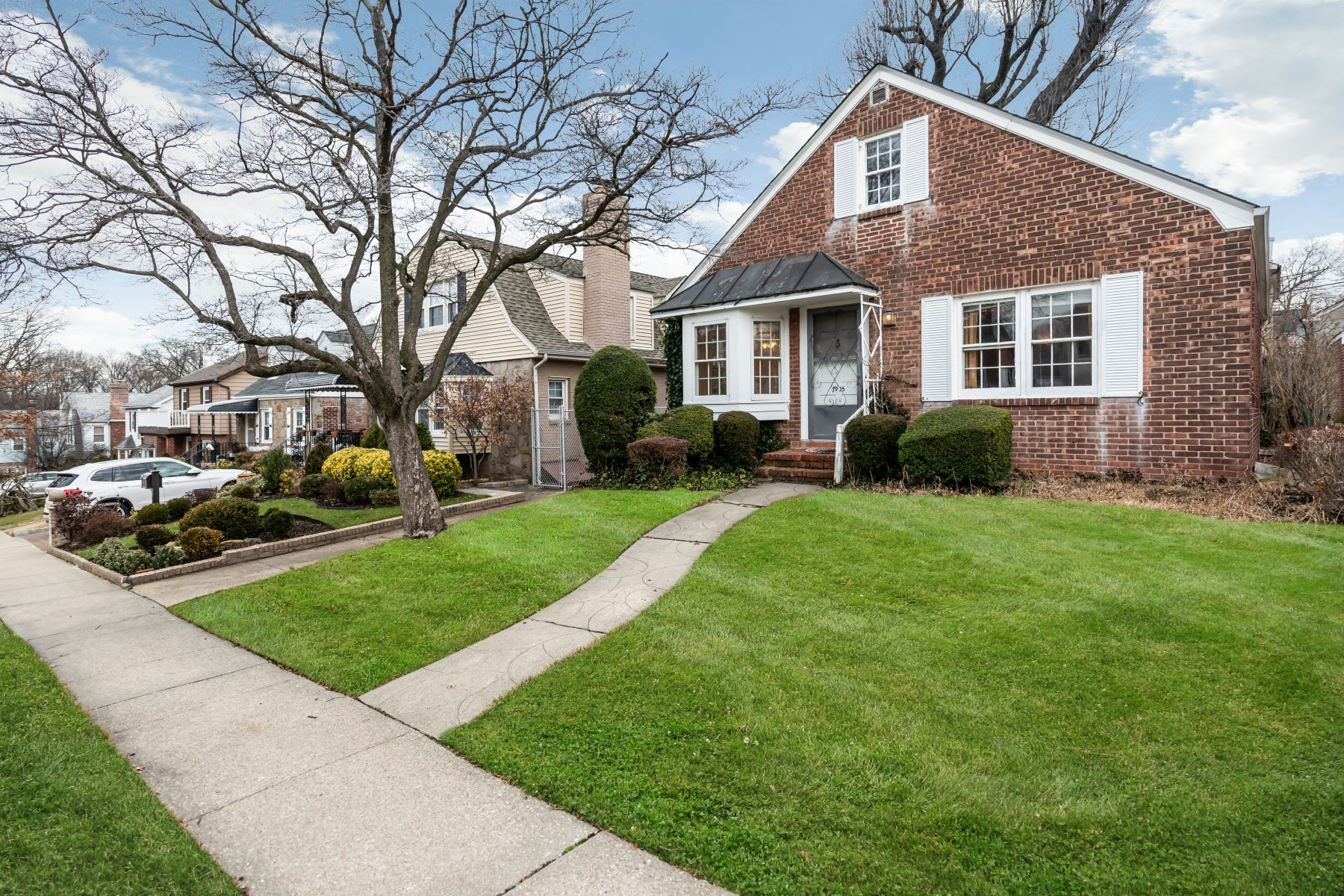 Single Family Homes for Sale at Bayside 79-35 209th Street Bayside, New York 11364 United States