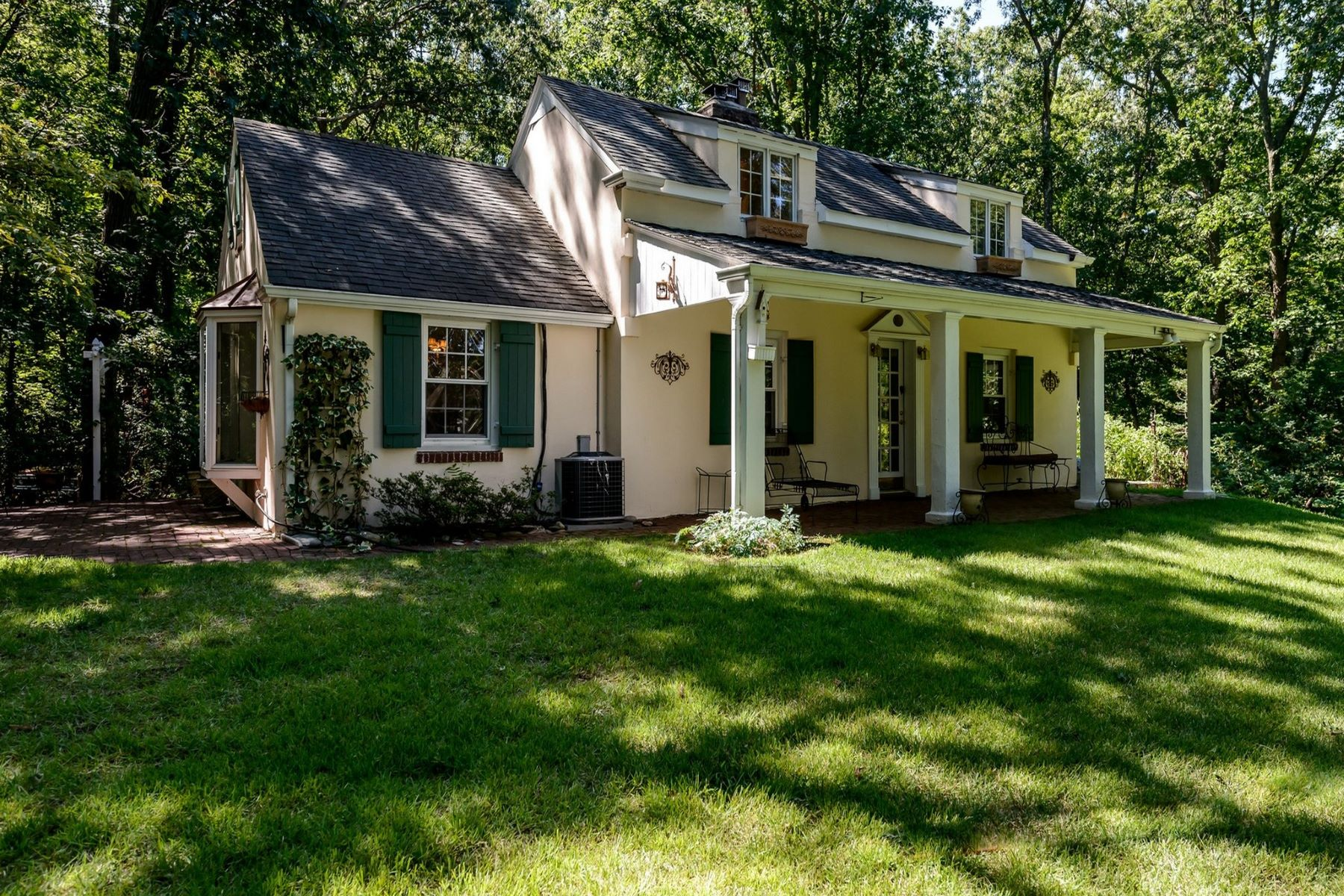Single Family Homes for Active at Lloyd Neck 30 Forrest Dr Lloyd Neck, New York 11743 United States