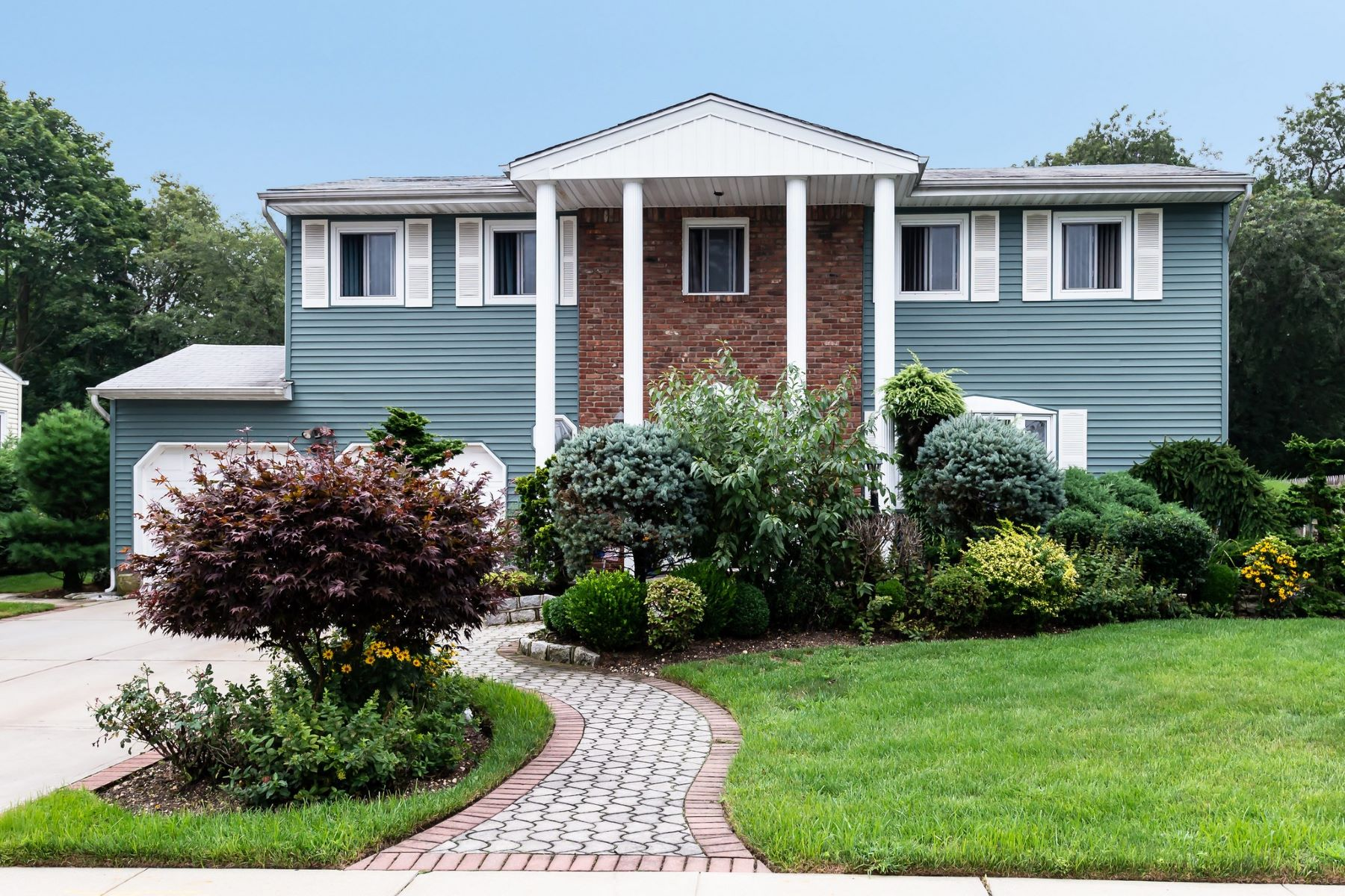 Single Family Homes for Sale at Amityville 13 Sunshine Lane Amityville, New York 11701 United States