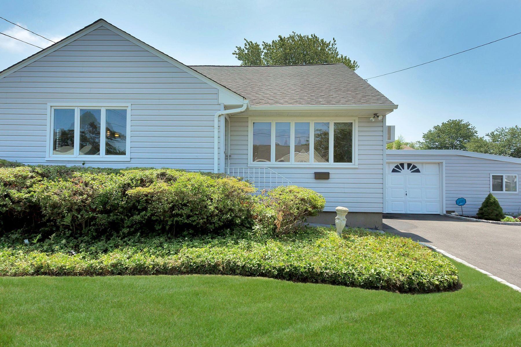 Single Family Homes for Sale at W. Babylon 20 Abbott St West Babylon, New York 11704 United States