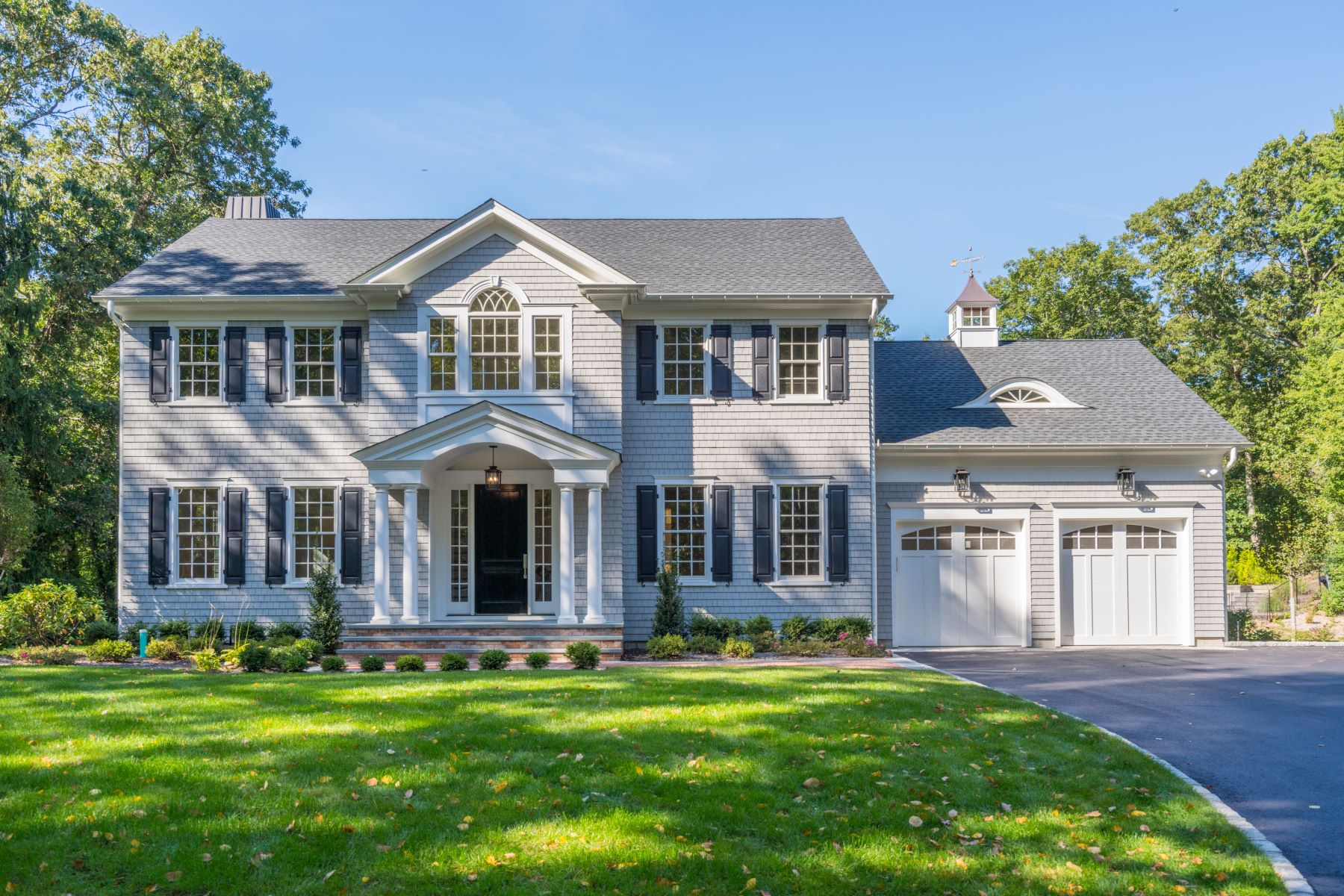 Single Family Homes for Sale at Cold Spring Hrbr 74 Wilton Rd Cold Spring Harbor, New York 11724 United States
