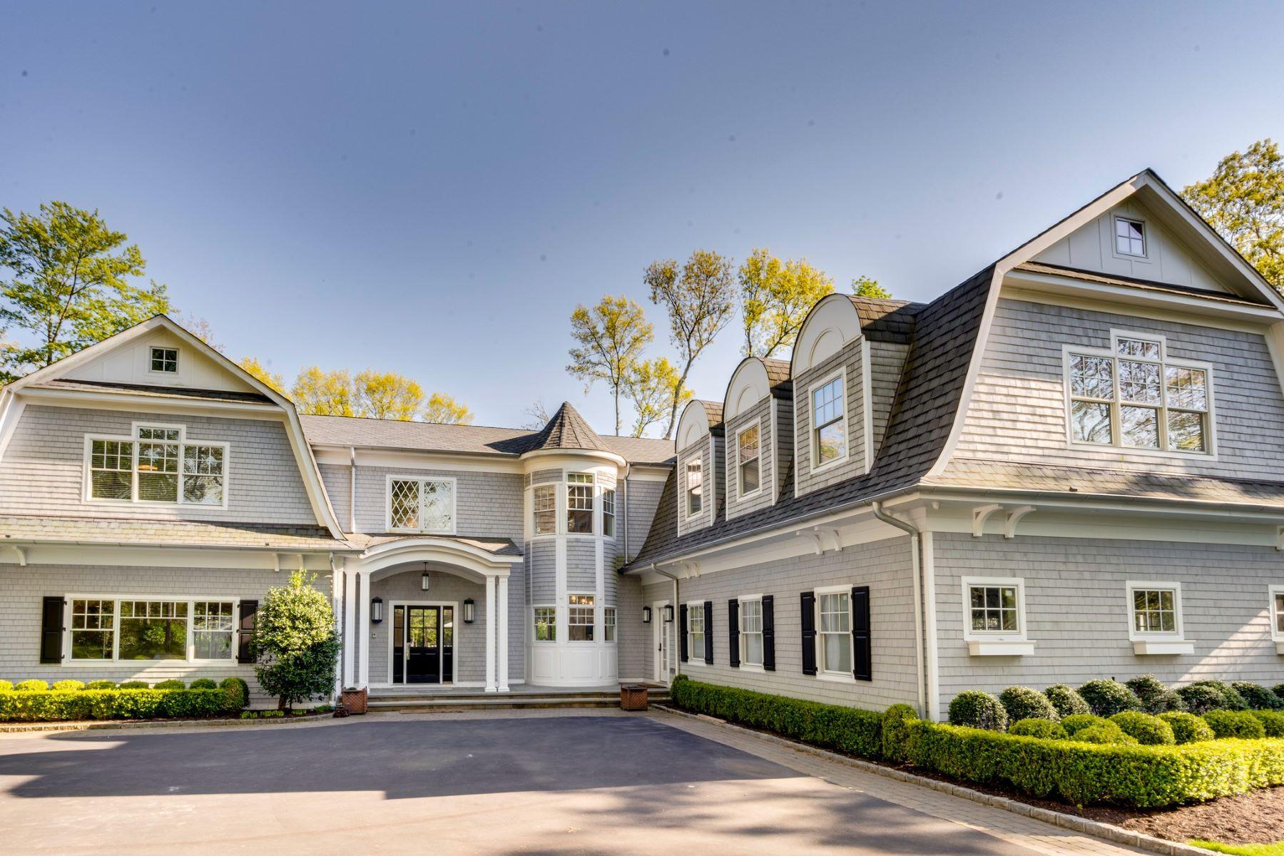 Single Family Homes por un Venta en Muttontown 2064 Crest Road Muttontown, Nueva York 11791 Estados Unidos