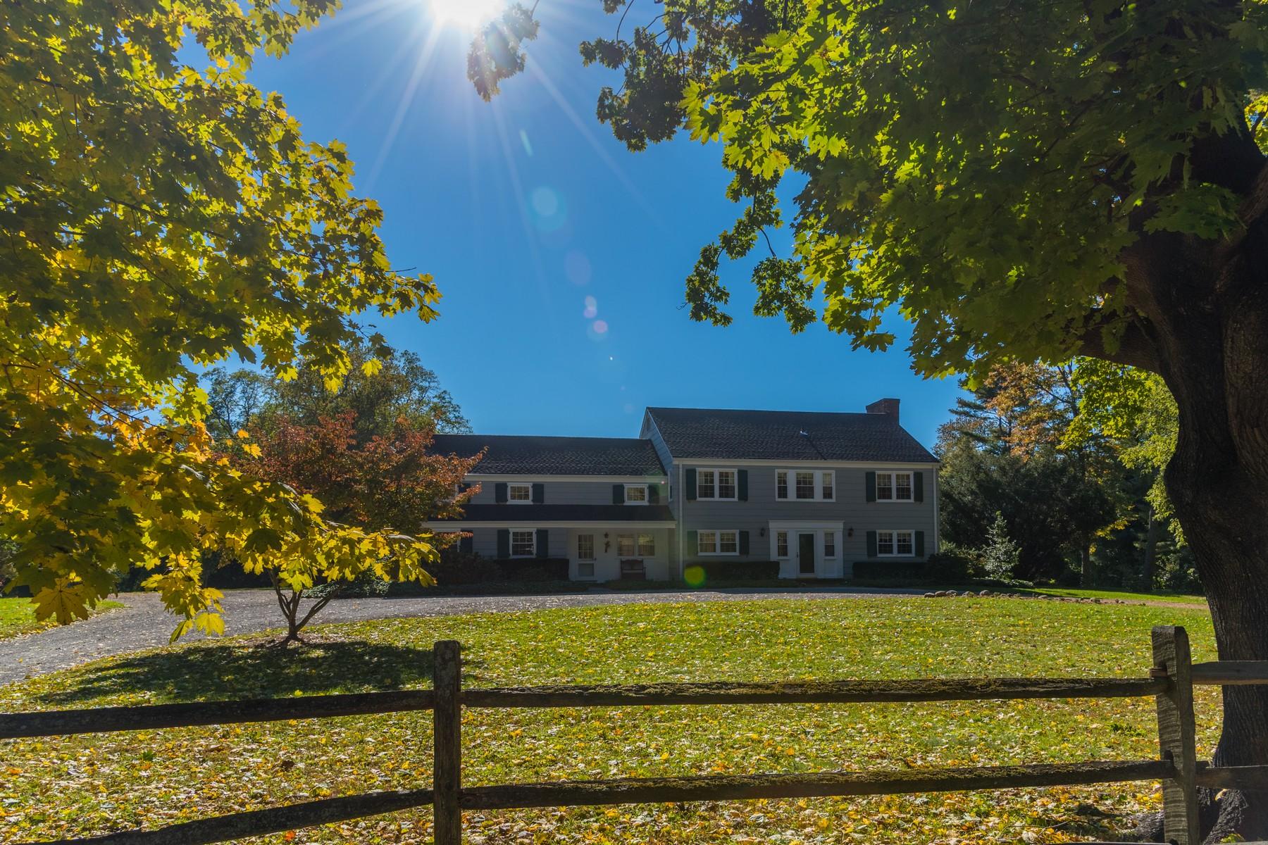 Single Family Homes 為 出售 在 Old Brookville 156 Hegemans Lane, Old Brookville, 纽约 11545 美國