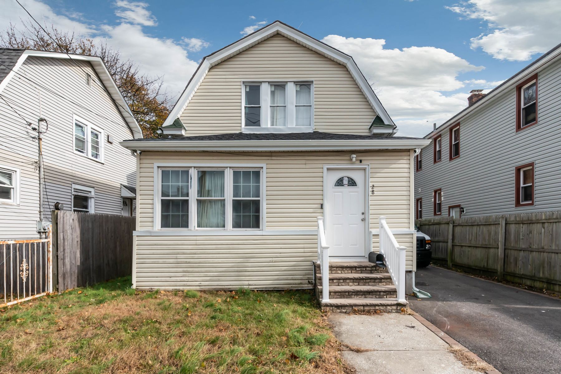 Single Family Homes for Sale at Hempstead 28 Stewart Ave Hempstead, New York 11550 United States