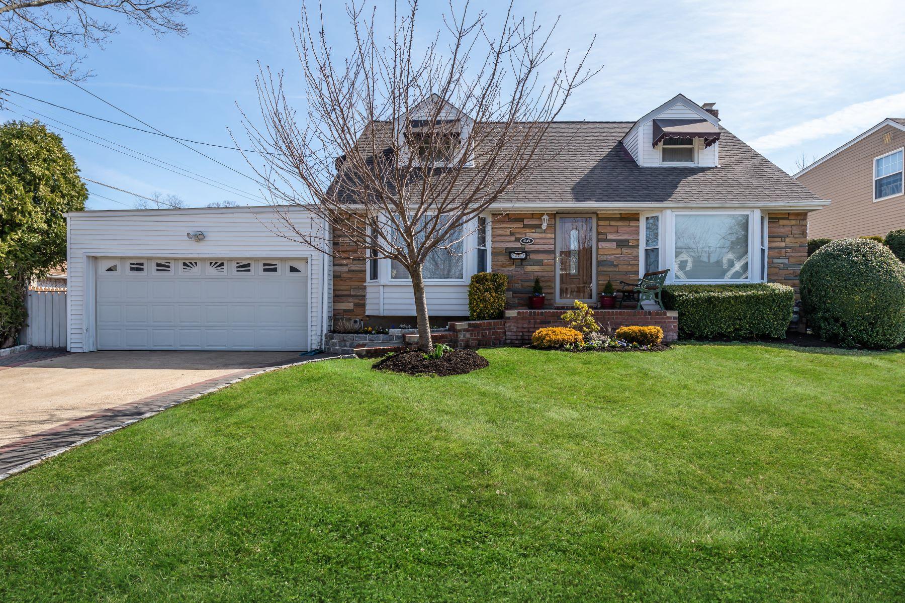 Single Family Homes för Försäljning vid Mineola 68 Pembrook Dr, Mineola, New York 11501 Förenta staterna