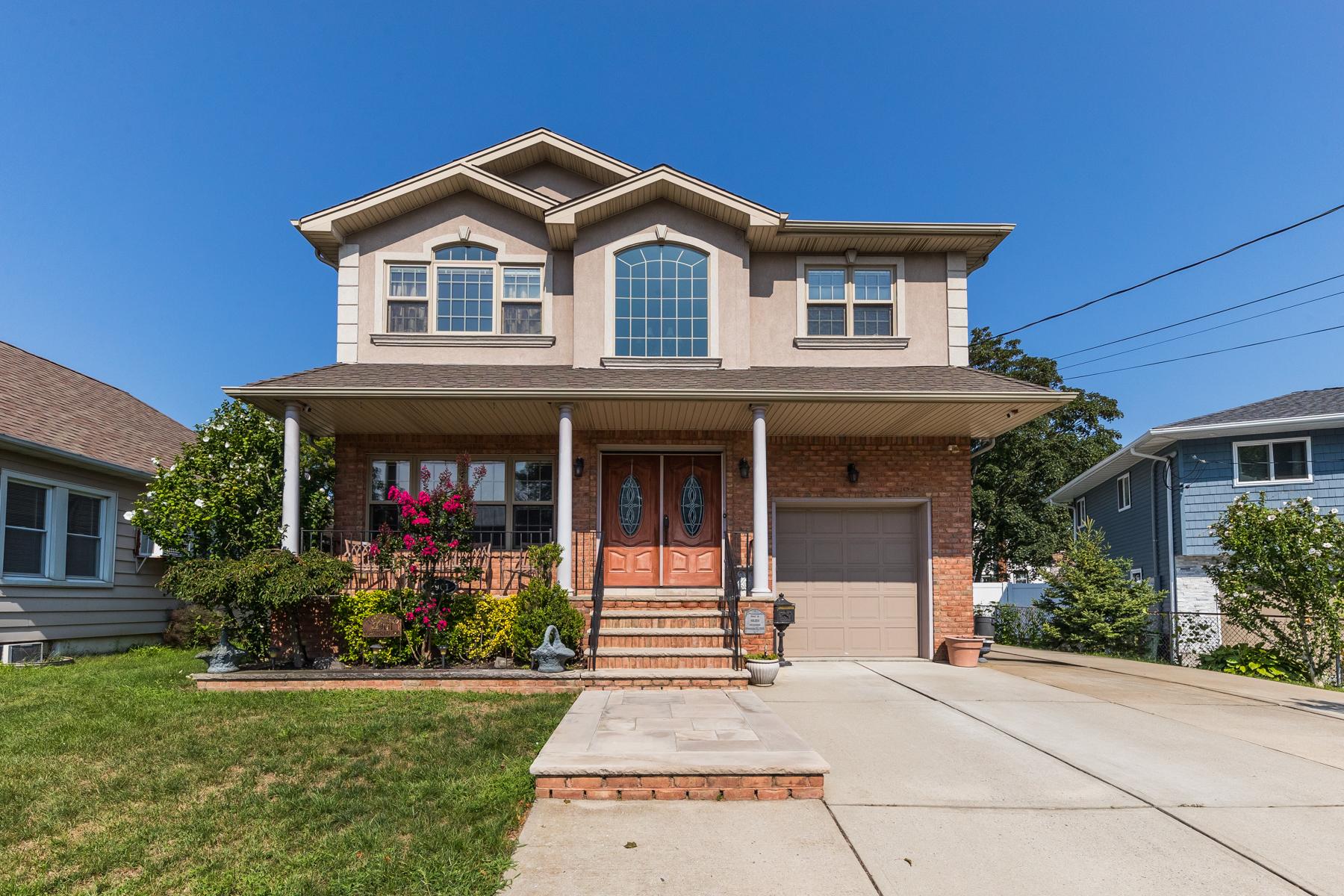 Single Family Homes for Sale at Oceanside 2901 Beverly Rd Oceanside, New York 11572 United States