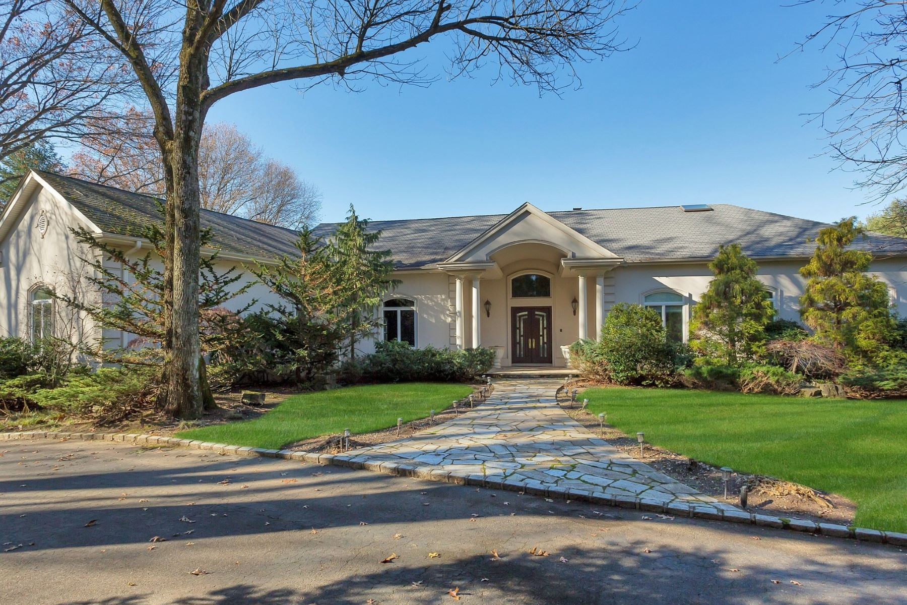 Single Family Homes for Sale at Old Westbury 16 Pheasant Run Old Westbury, New York 11568 United States