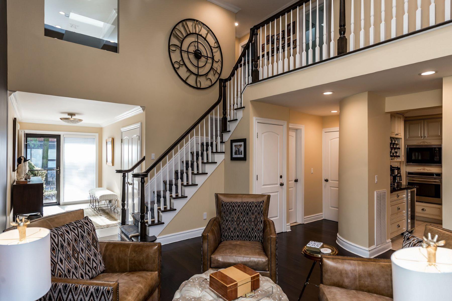 Condominiums för Försäljning vid Roslyn Heights 65 Short Way, Roslyn Heights, New York 11577 Förenta staterna