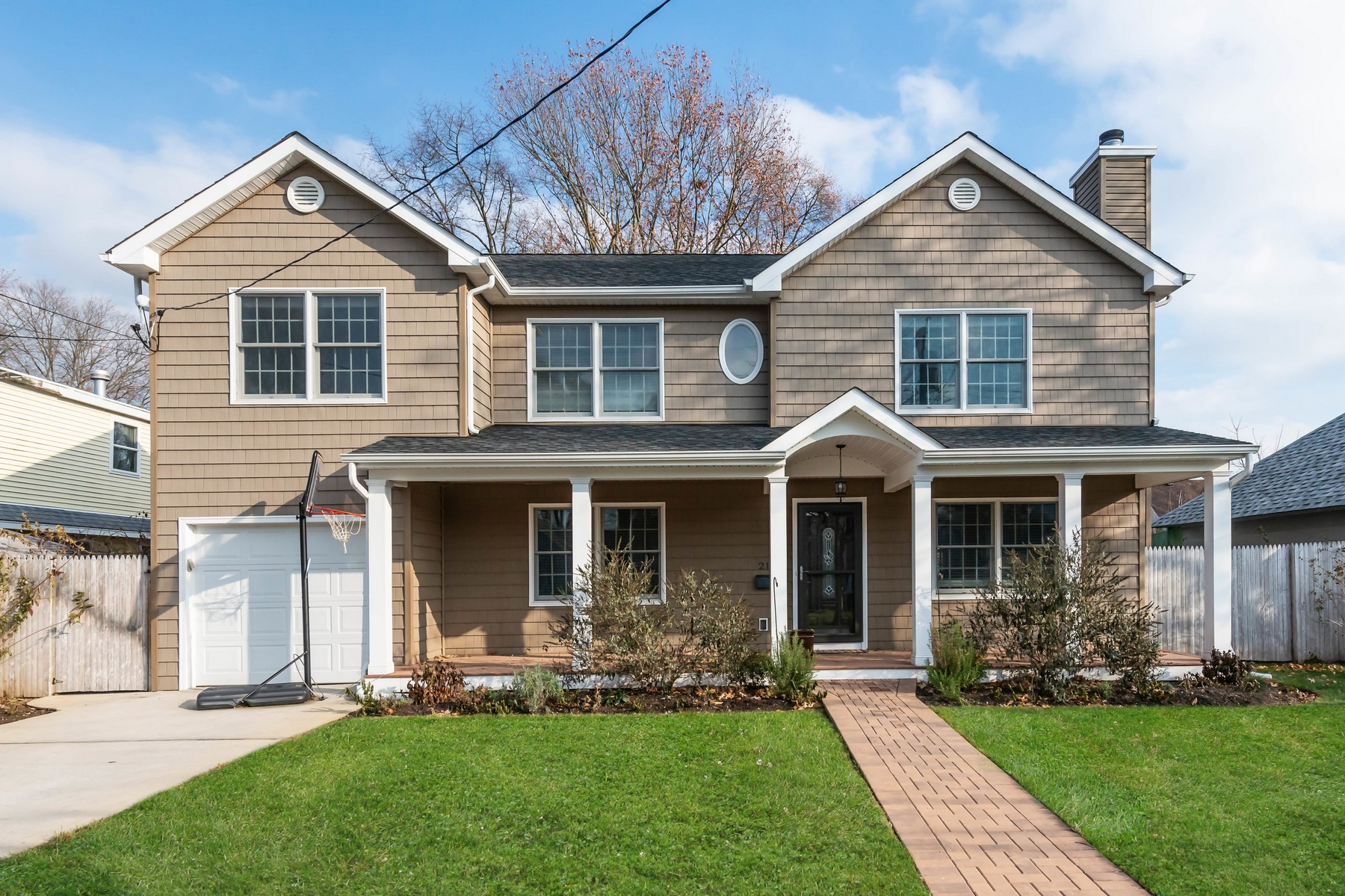 Single Family Homes for Active at Wantagh 2195 Larch St Wantagh, New York 11793 United States