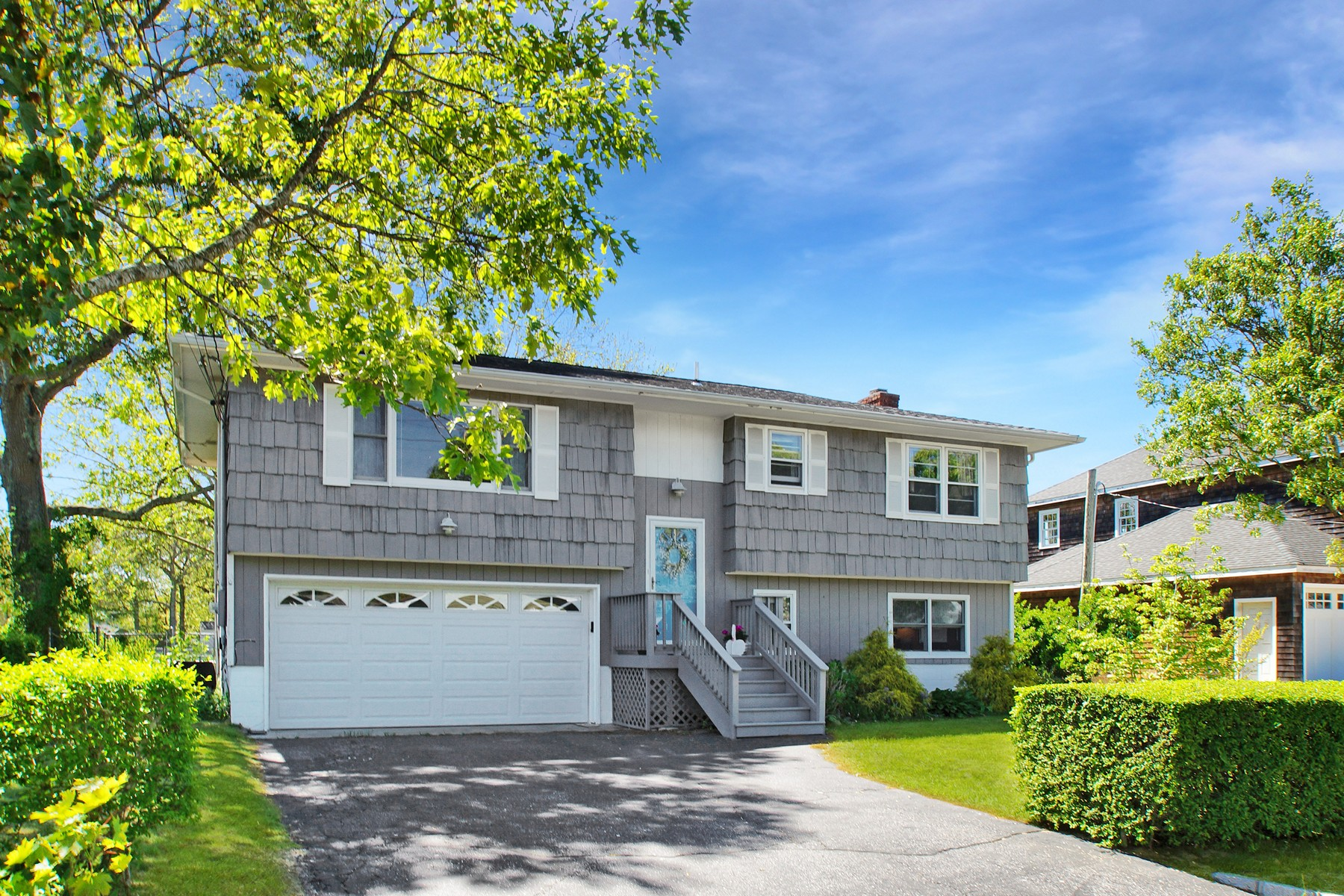 Single Family Homes for Sale at Flanders 185 Long Neck Blvd Flanders, New York 11901 United States