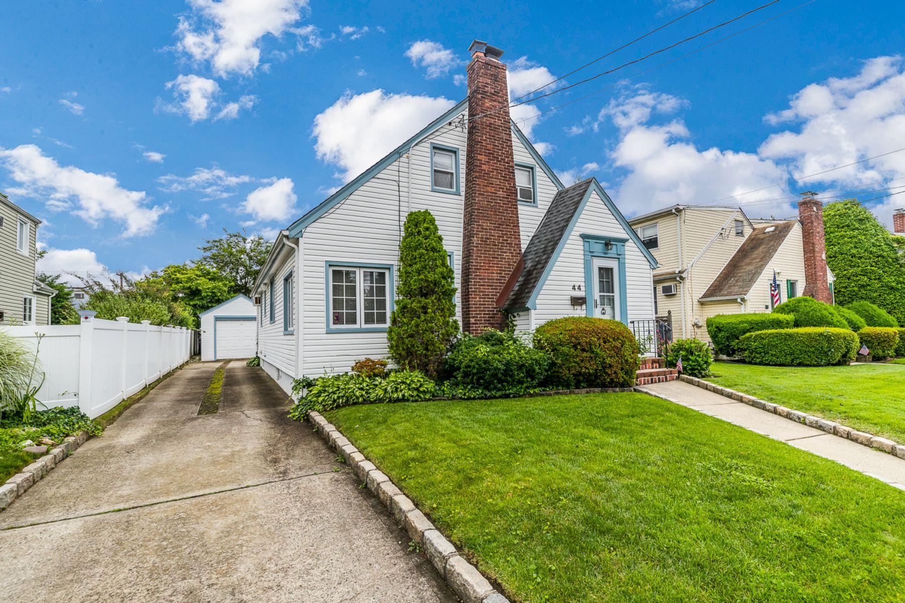 Single Family Homes for Sale at Malverne 44 Croyden St Malverne, New York 11565 United States