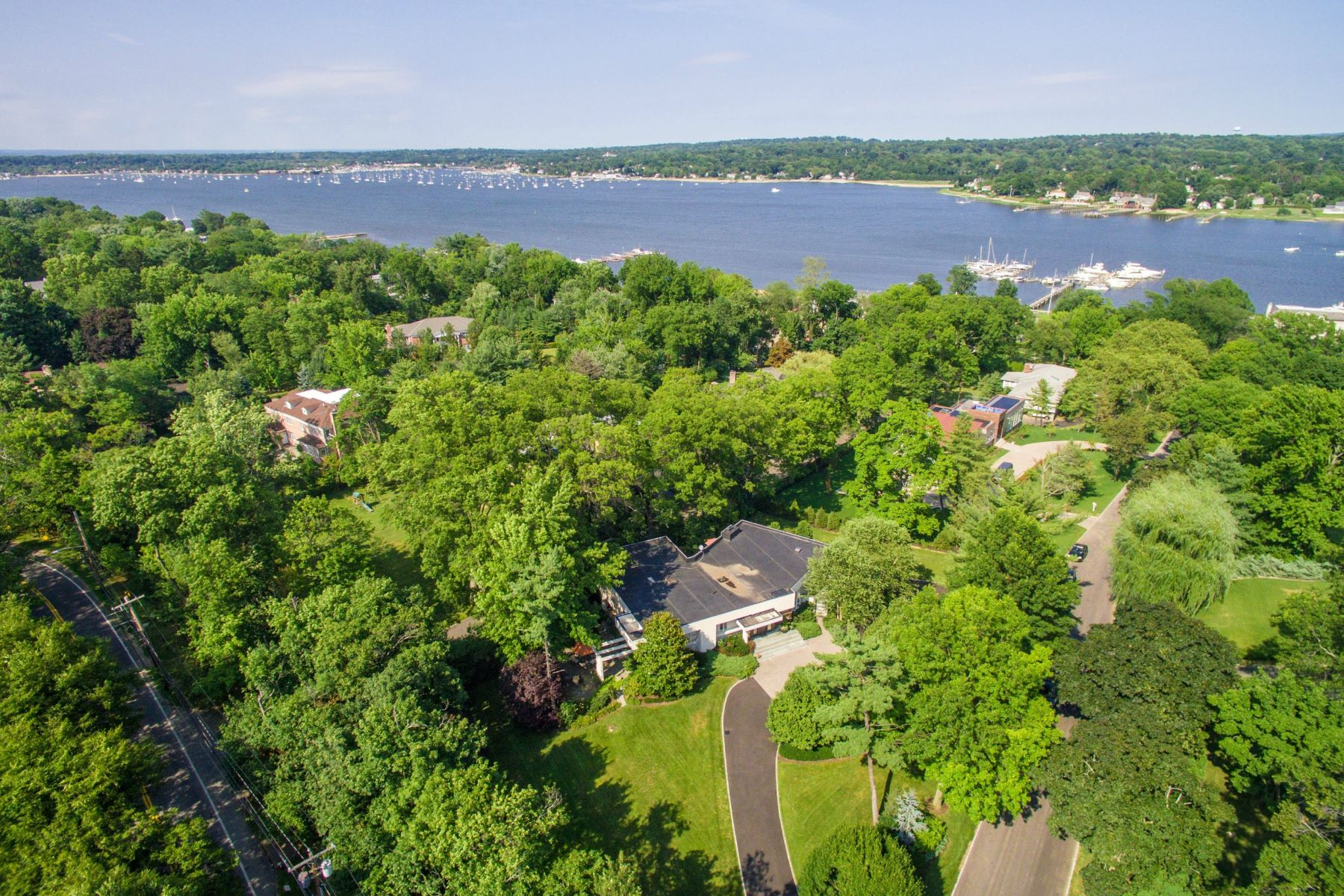 Single Family Homes for Active at Great Neck 2 Shelter Bay Drive Great Neck, New York 11024 United States