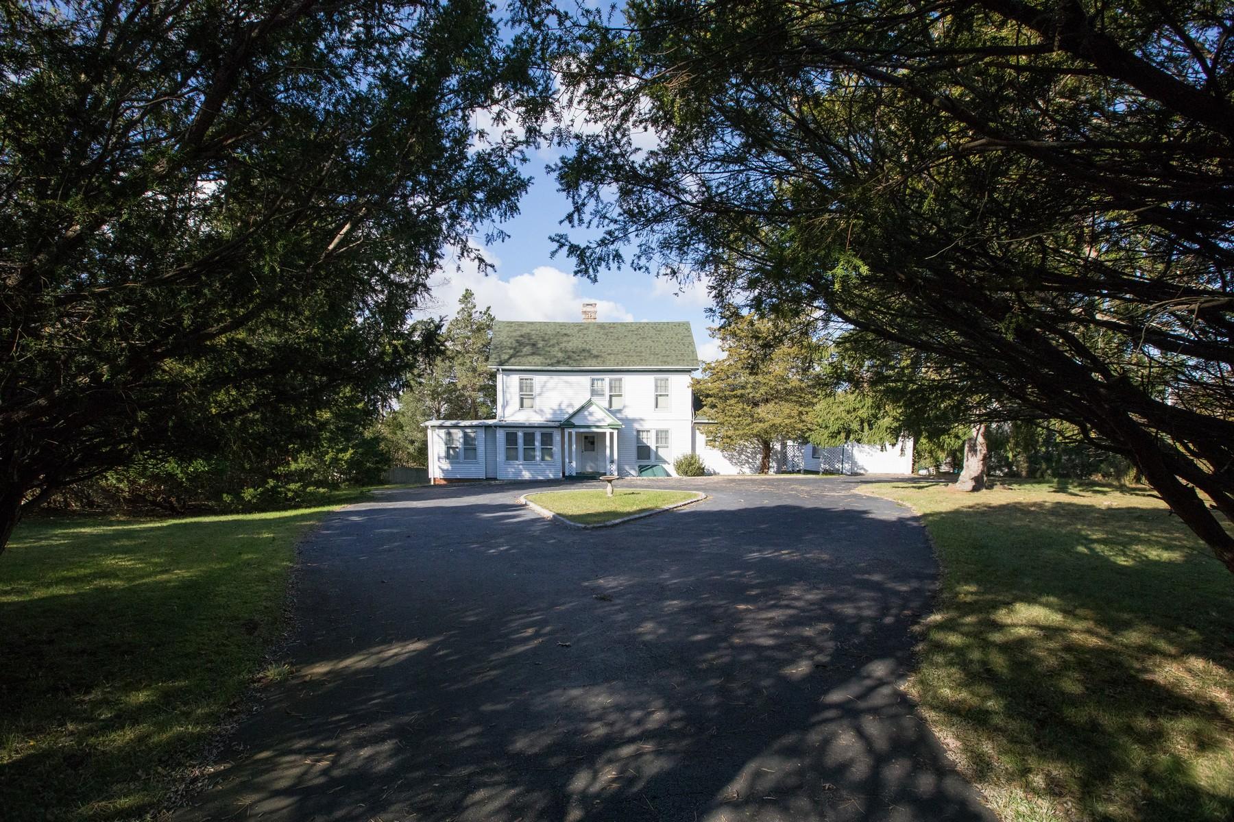 Single Family Homes for Active at Hampton Bays 28 Rampasture Rd Hampton Bays, New York 11946 United States