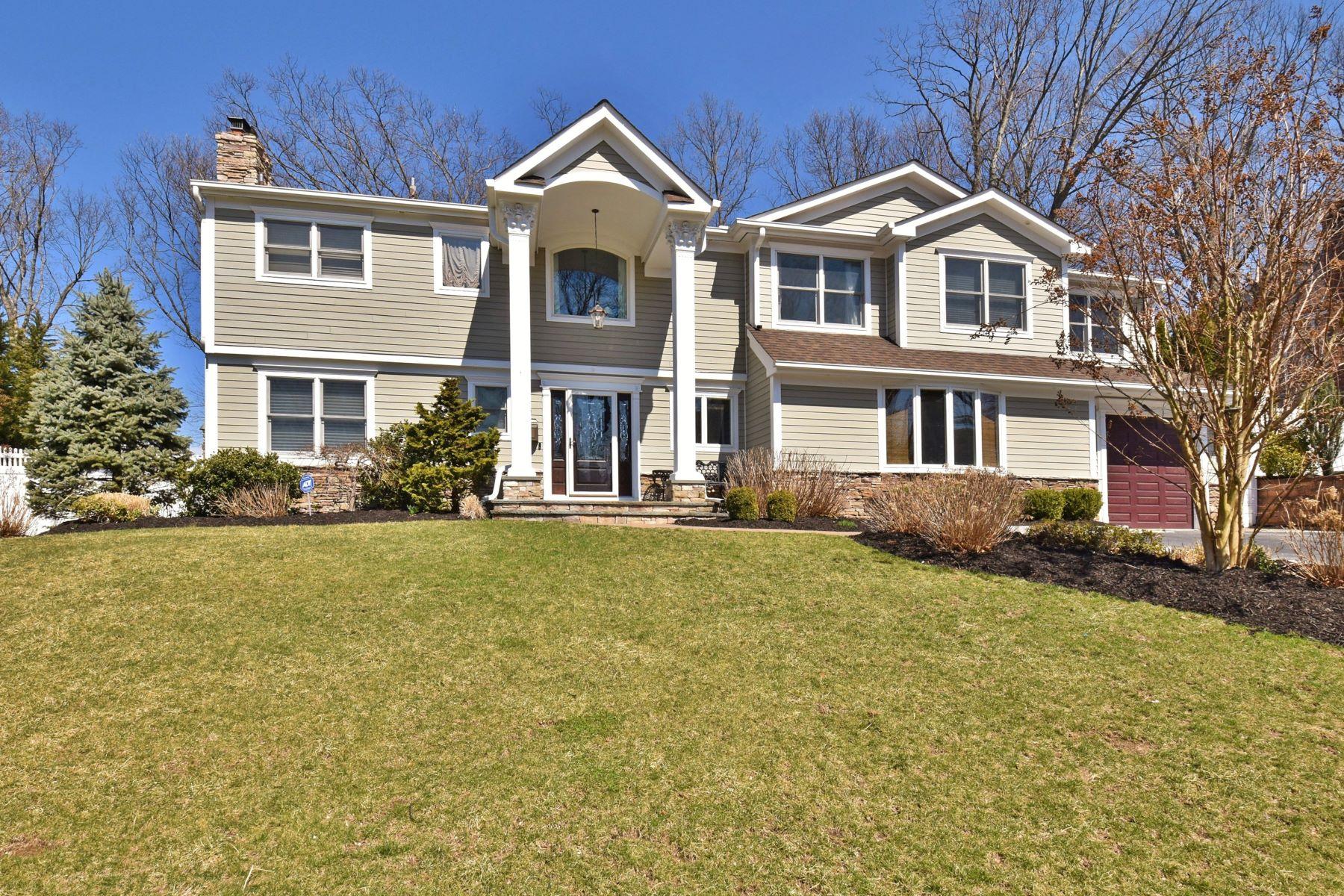 Single Family Homes 為 出售 在 Oyster Bay 10 Blueberry Ln, Oyster Bay, 纽约 11771 美國