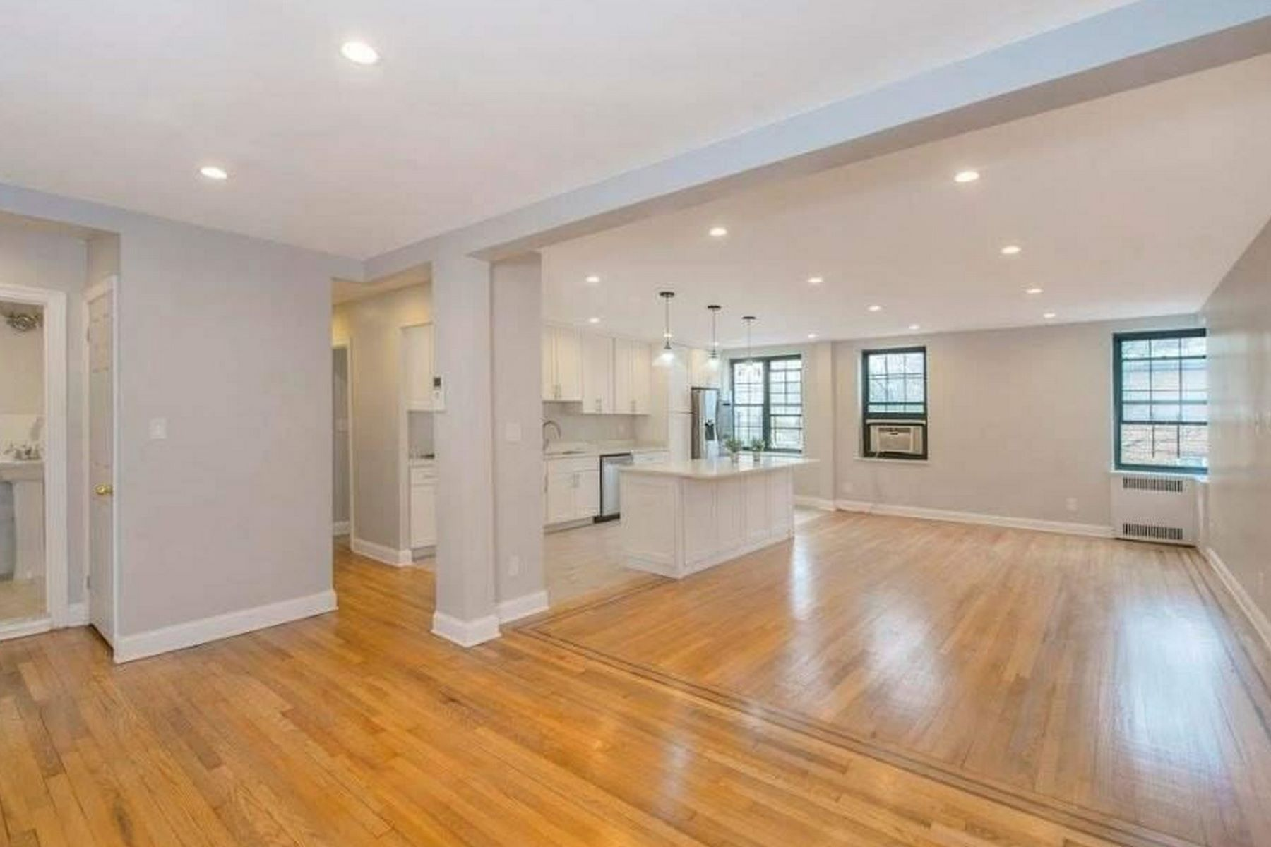 Co-op Properties for Active at Forest Hills 94-11 69th Ave , 203 Forest Hills, New York 11375 United States
