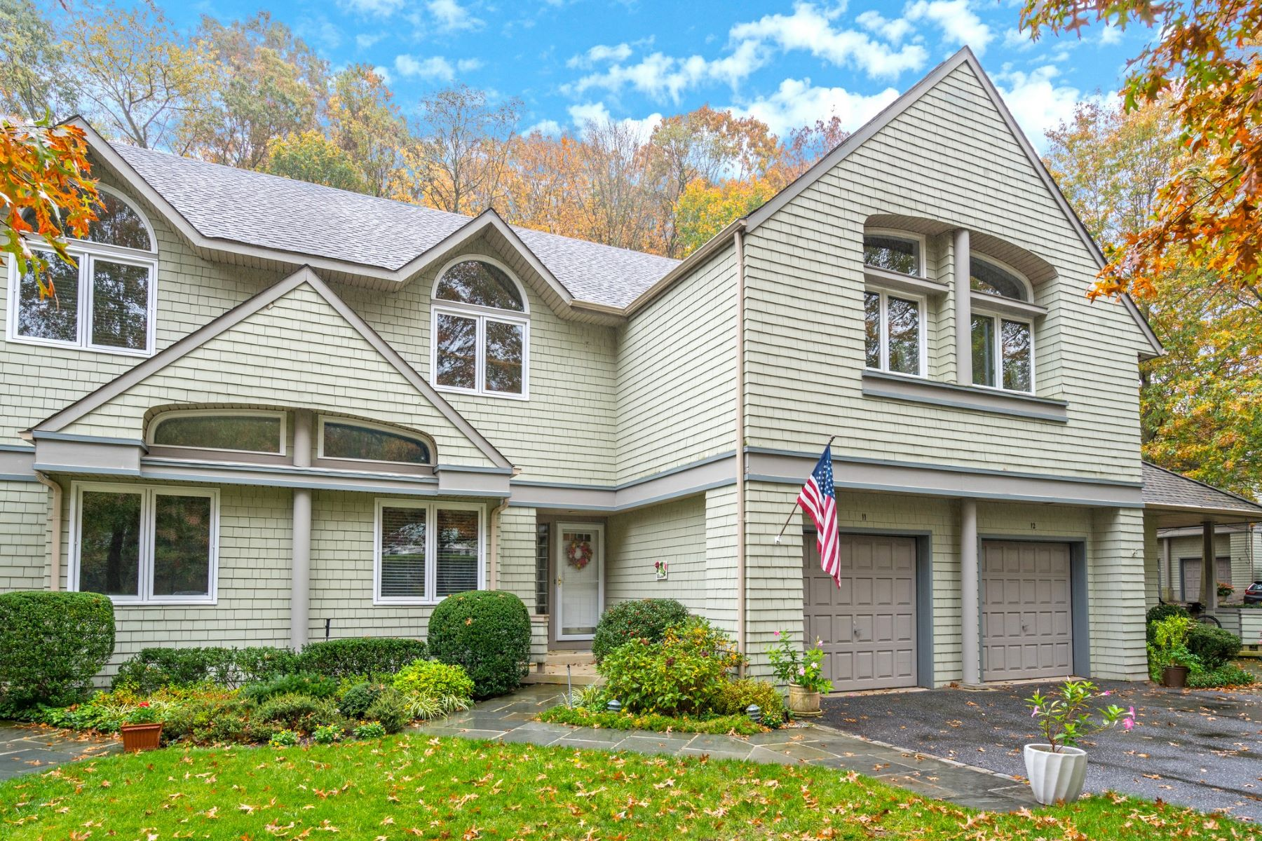 Single Family Homes for Active at Huntington 11 Insbrook Huntington, New York 11743 United States