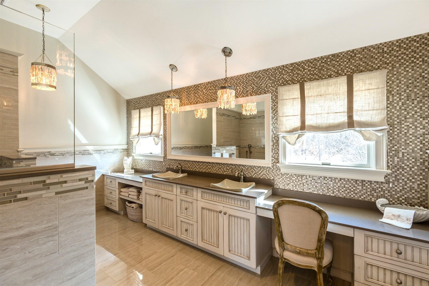 Additional photo for property listing at Aquebogue 267 Peconic Bay Blvd Aquebogue, New York 11931 United States