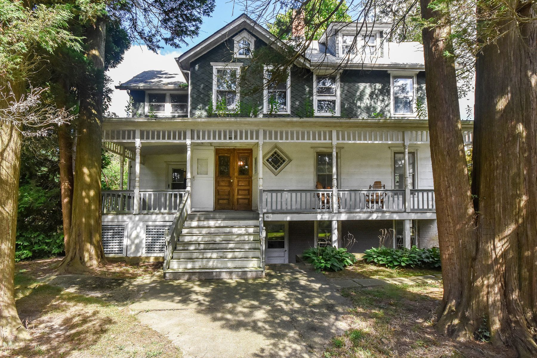 Single Family Homes for Active at Sea Cliff 160 8th Ave Sea Cliff, New York 11579 United States