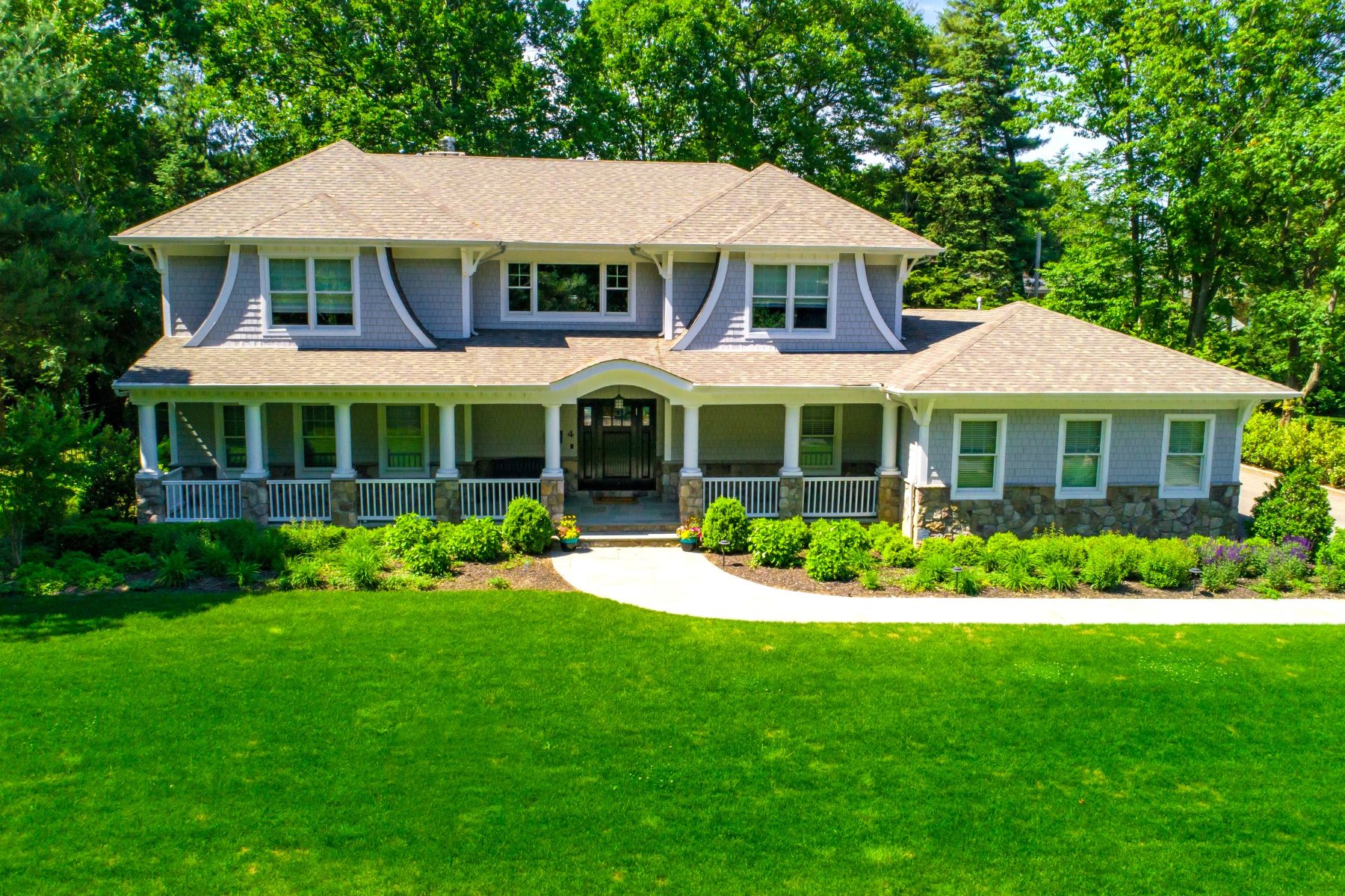 Single Family Homes for Sale at East Hills 4 Melby Lane East Hills, New York 11576 United States