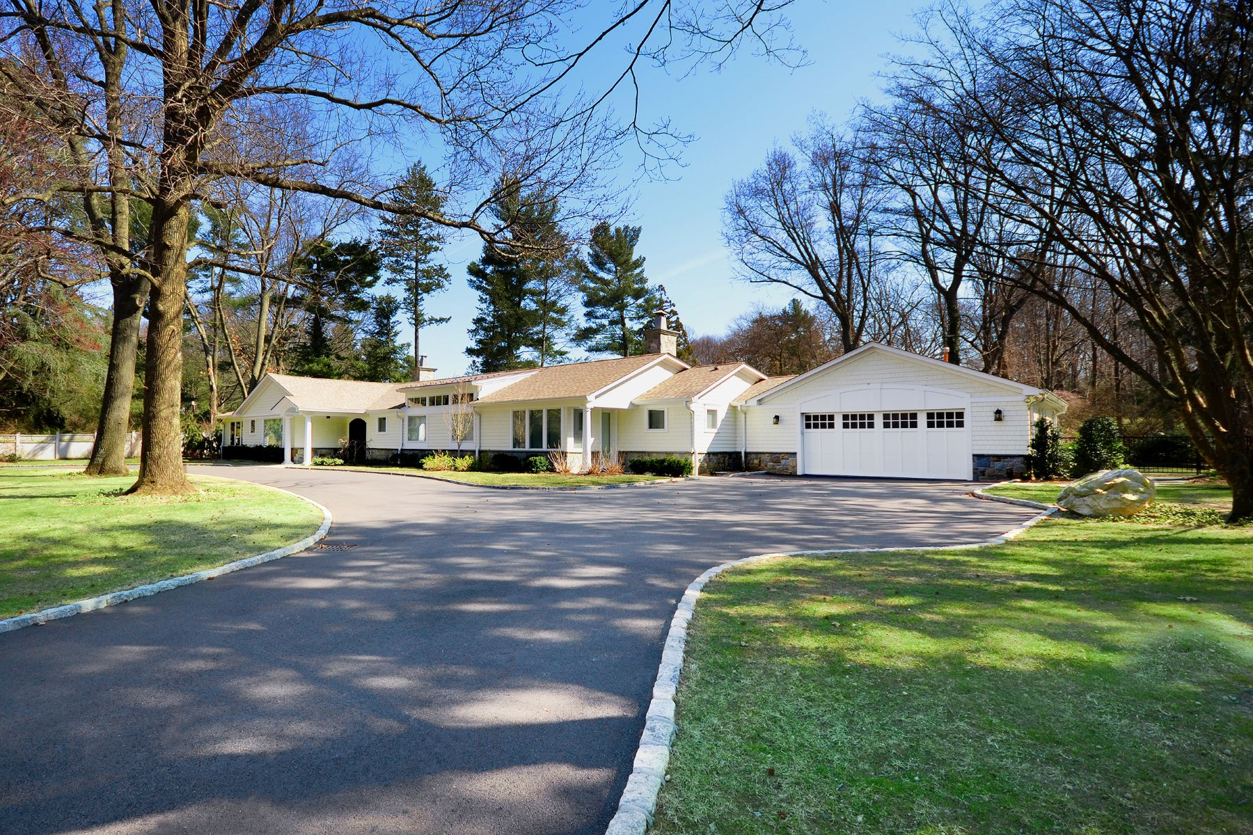 Single Family Homes for Active at Sands Point 10 Woodland Drive Sands Point, New York 11050 United States