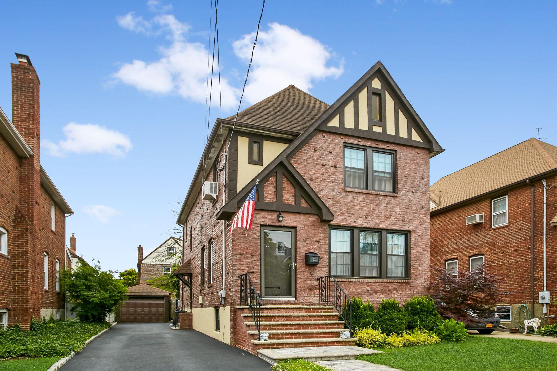 Single Family Homes för Försäljning vid Lynbrook 92 Westminster Rd, Lynbrook, New York 11563 Förenta staterna