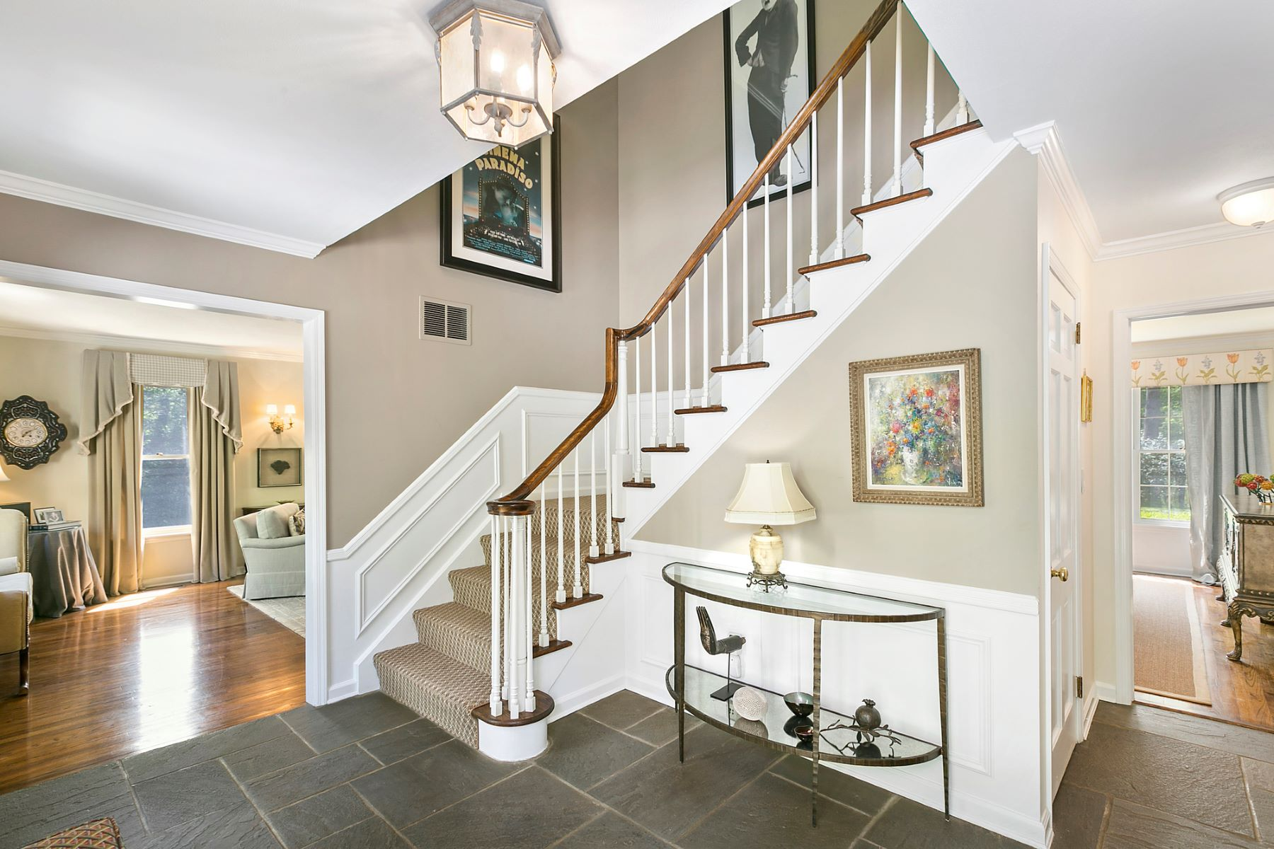 Single Family Homes for Active at Lloyd Harbor 20 East Gate Road Lloyd Harbor, New York 11743 United States