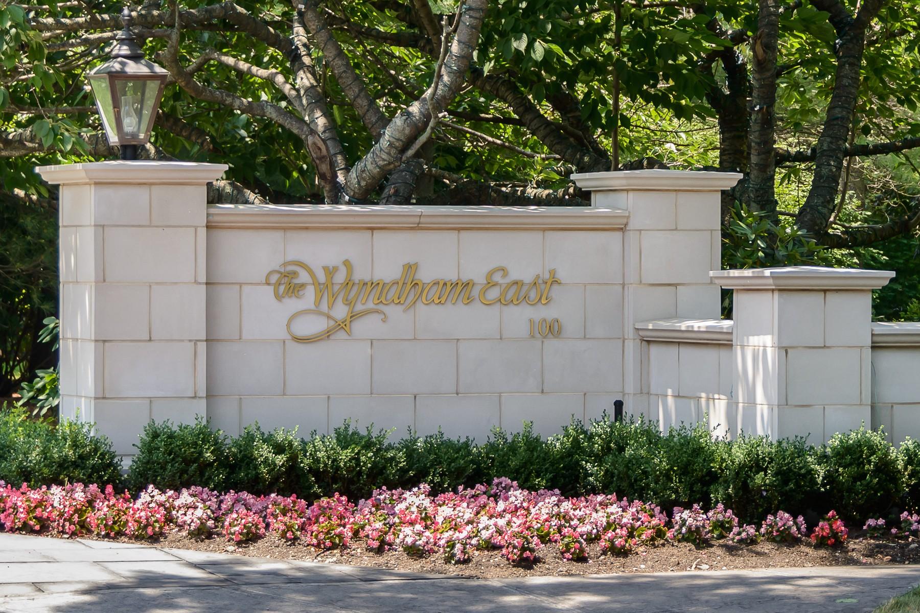 Condominiums for Active at Garden City 100 Hilton Avenue , 605 Garden City, New York 11530 United States