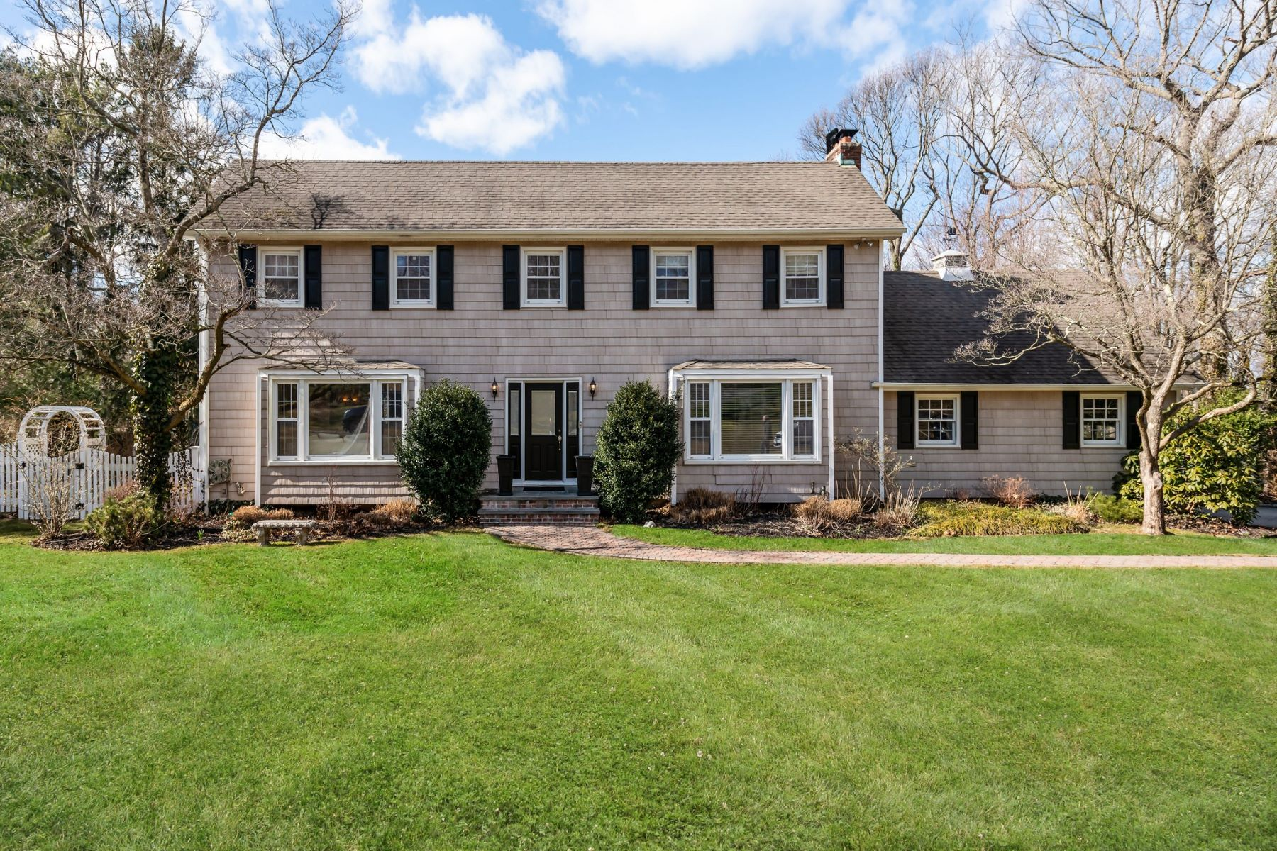 Single Family Homes for Sale at Laurel Hollow 35 Springwood Path Laurel Hollow, New York 11791 United States