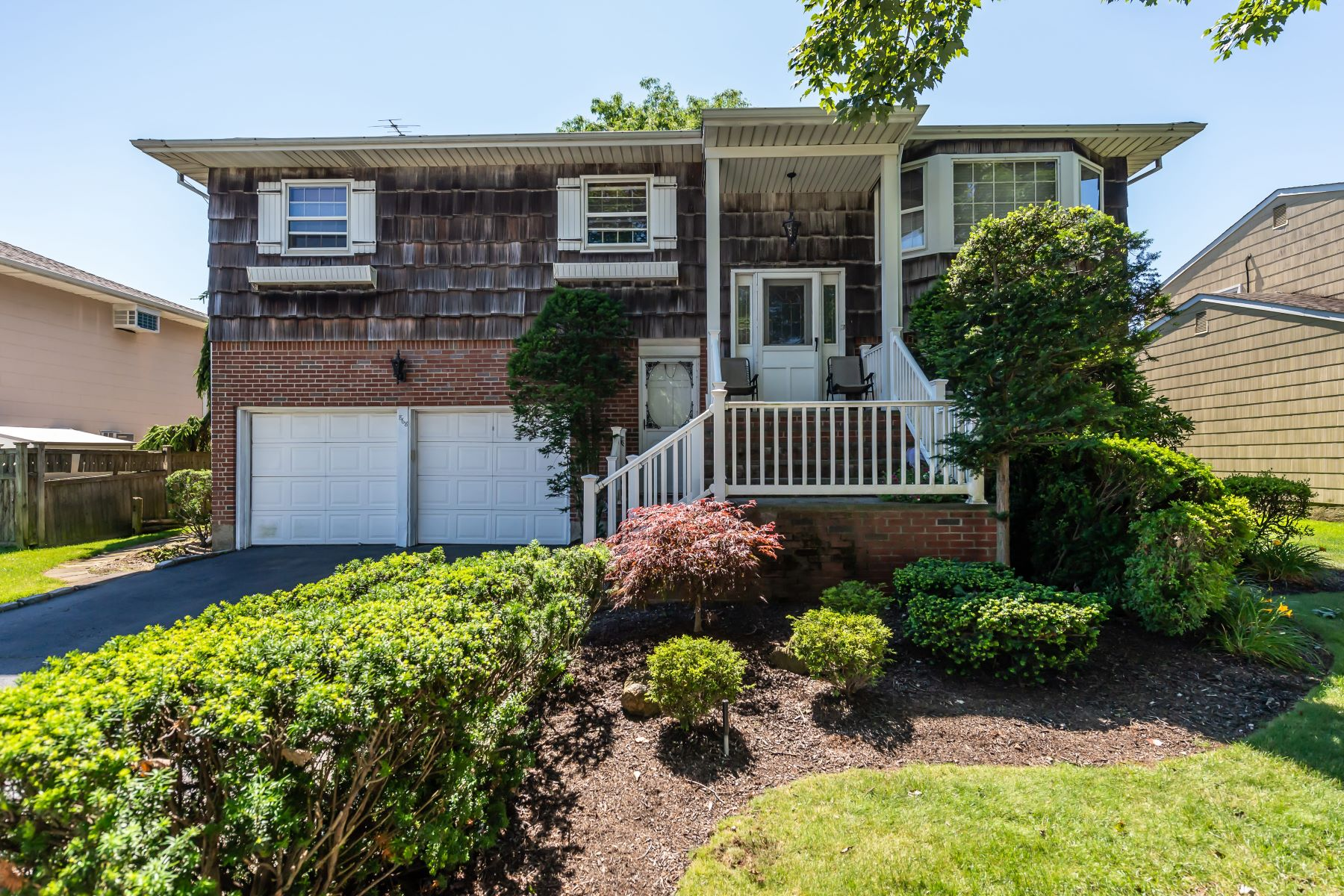 Single Family Homes för Försäljning vid N. Bellmore 868 Beckman Dr, North Bellmore, New York 11710 Förenta staterna