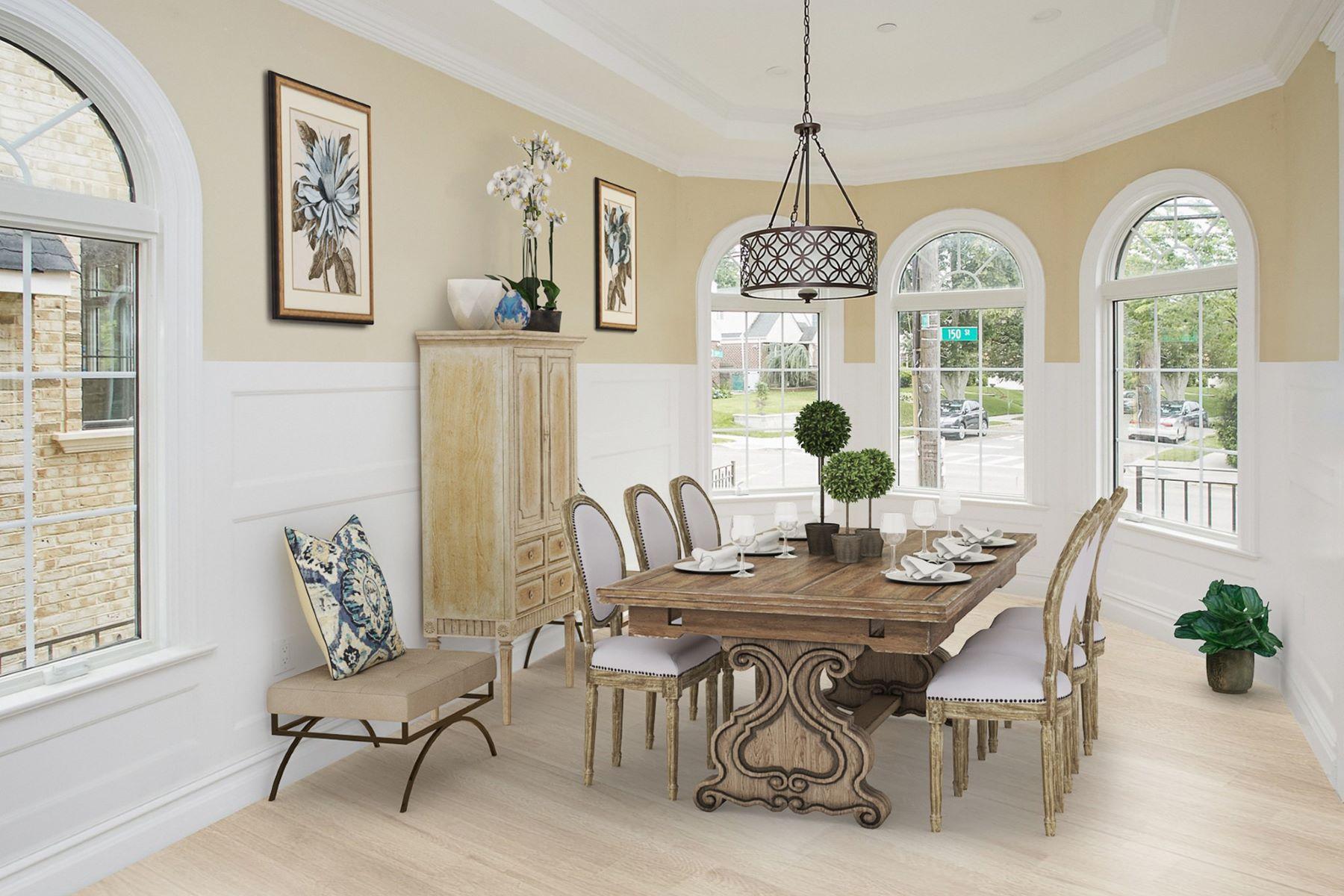 Single Family Homes 為 出售 在 Whitestone 3-55 150 St, Whitestone, 纽约 11357 美國