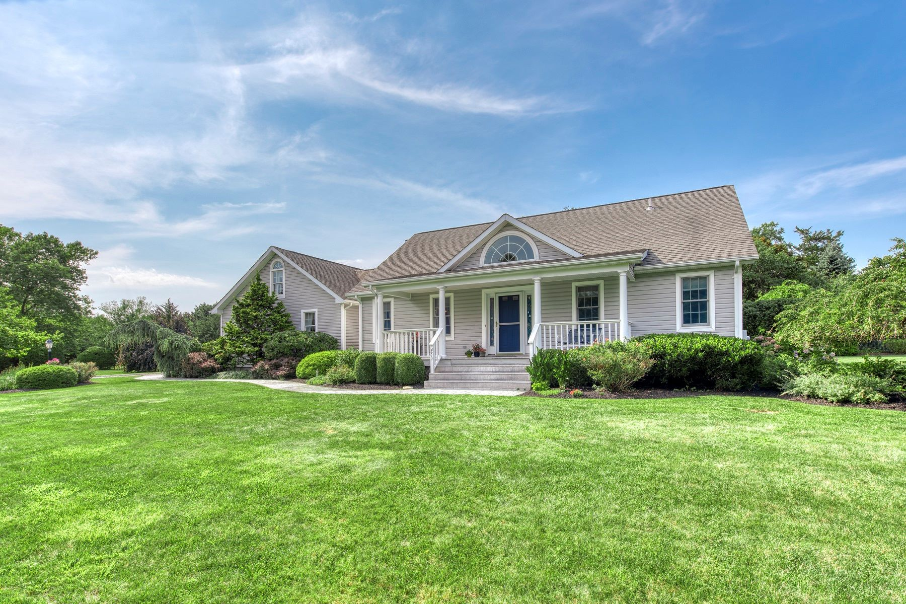 Single Family Homes for Sale at Cutchogue 450 Fairway Dr Cutchogue, New York 11935 United States