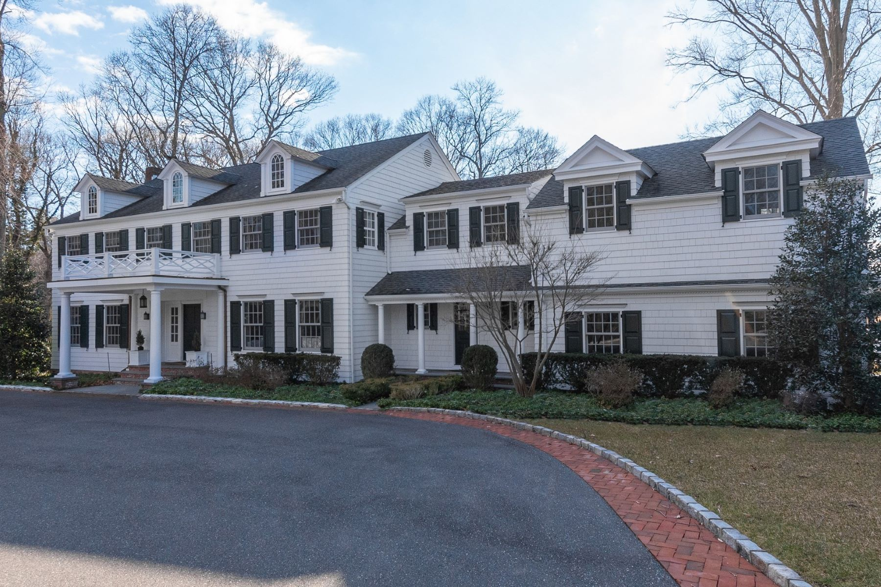 Single Family Homes for Sale at Glen Cove 137 Piping Rock Rd Glen Cove, New York 11542 United States