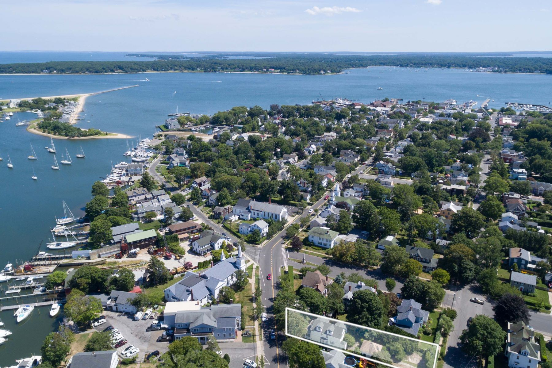 Single Family Homes for Active at Greenport 711 Main St Greenport, New York 11944 United States