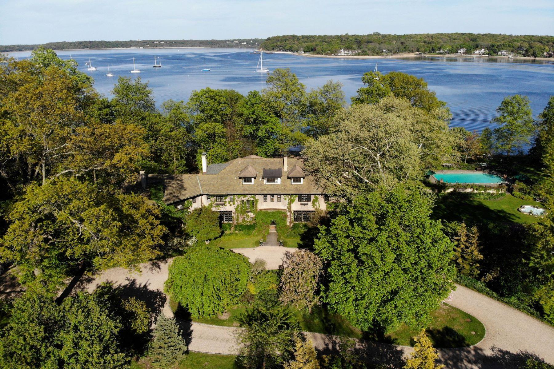 Single Family Homes für Verkauf beim 407 Centre Island Rd, Centre Island, New York 11771 Vereinigte Staaten