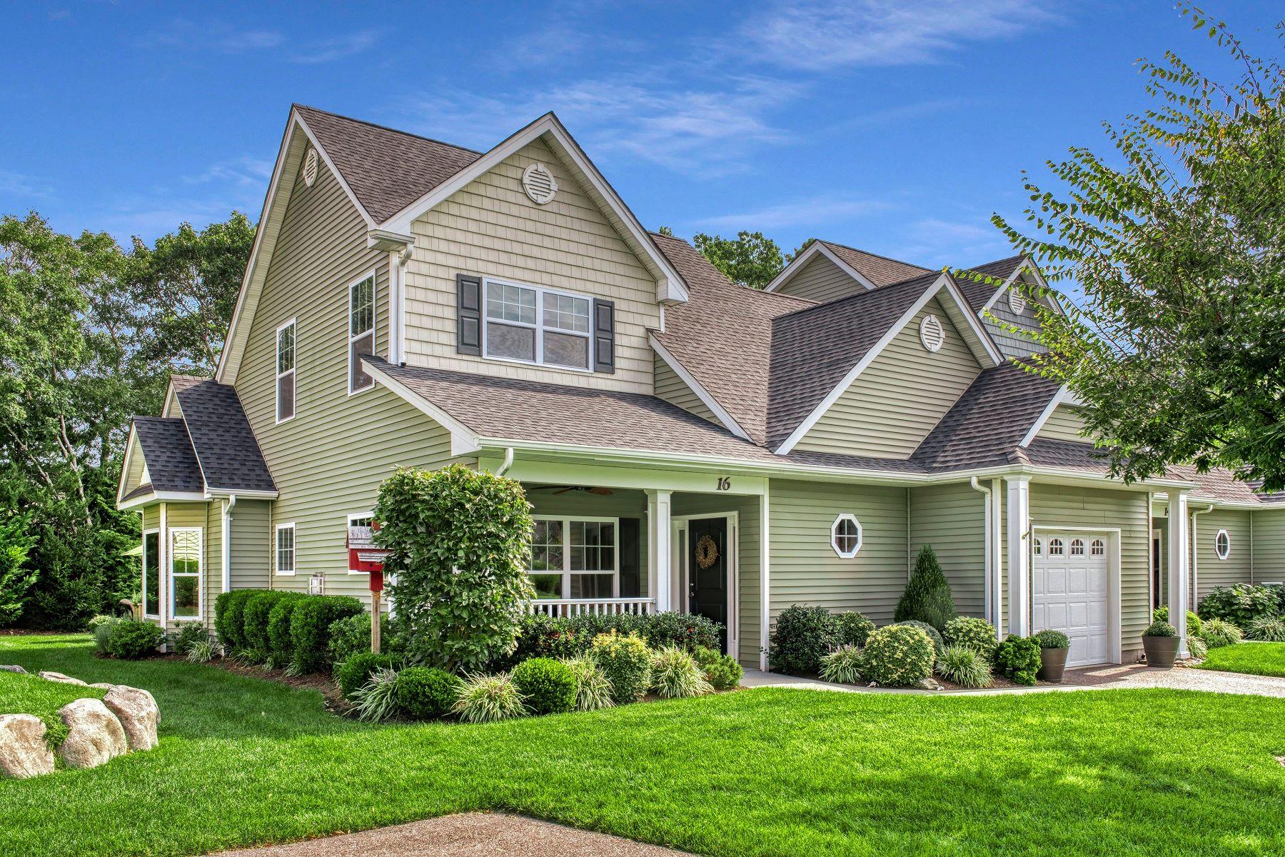 Condominiums für Verkauf beim Riverhead 16 Purple Row, Riverhead, New York 11901 Vereinigte Staaten