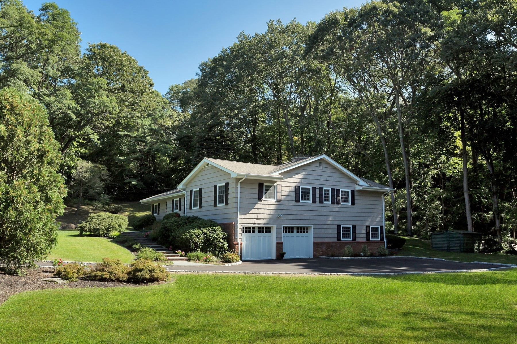Single Family Homes for Active at Huntington 30 Cove Rd Huntington, New York 11743 United States