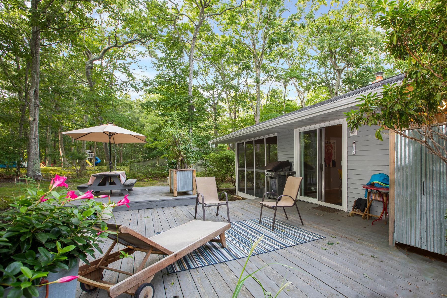 Single Family Homes for Sale at Shelter Island 40 Brander Parkway Shelter Island, New York 11964 United States