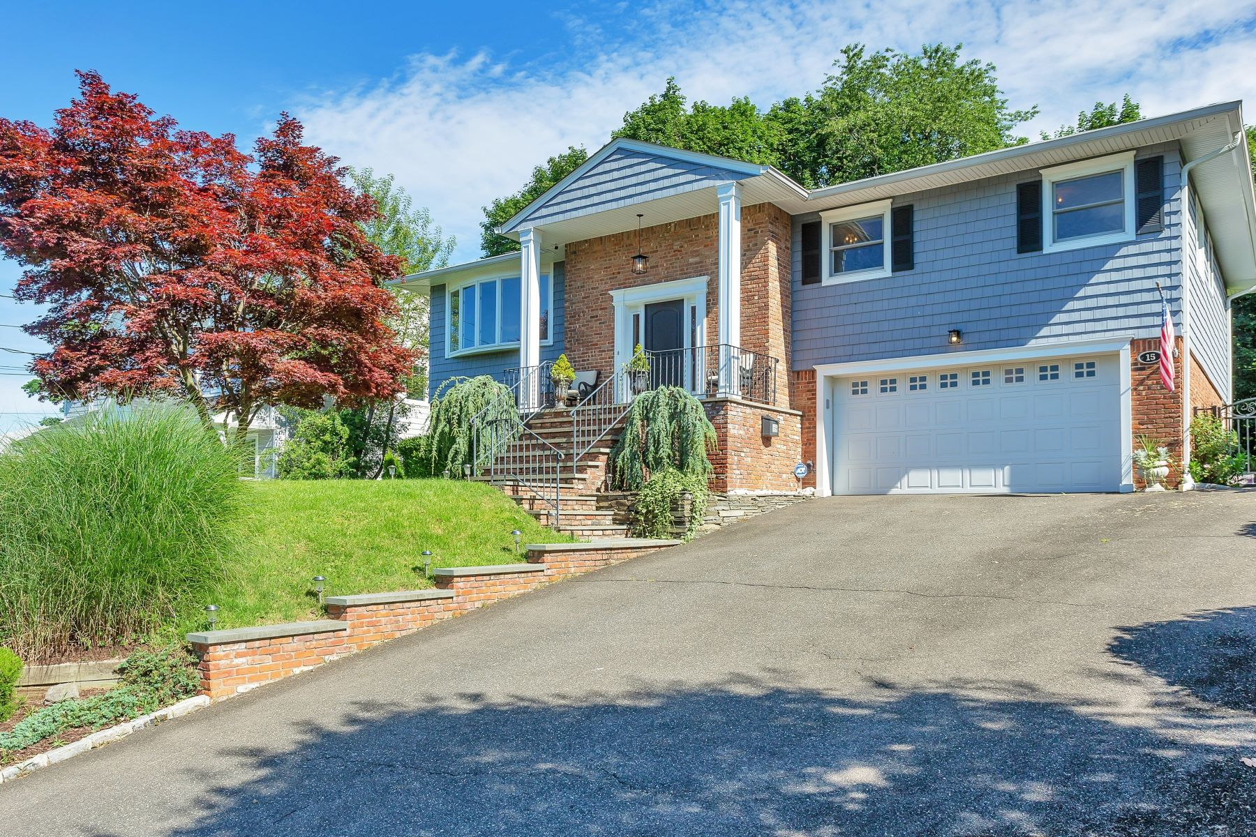 Single Family Homes for Sale at Port Washington 15 Capi Ln Port Washington, New York 11050 United States