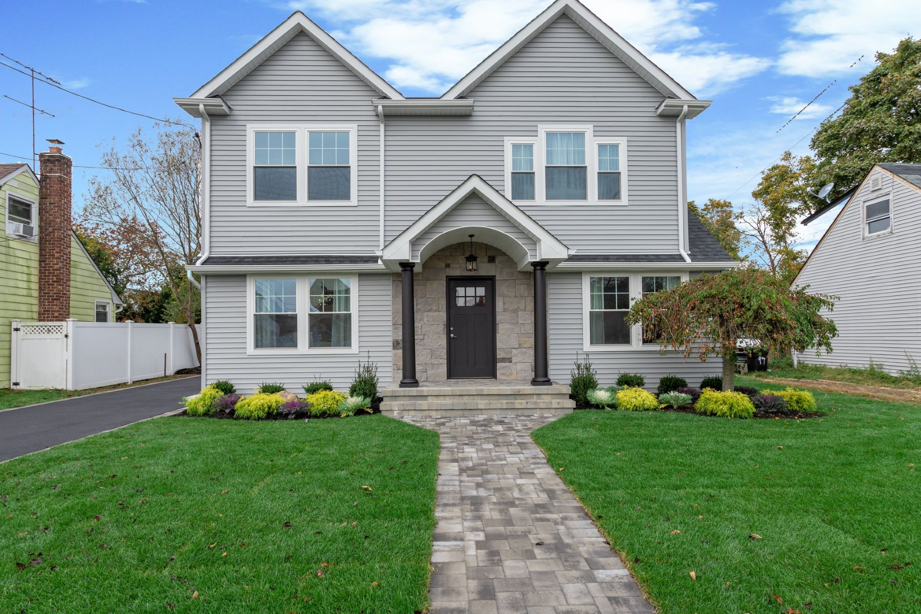 Single Family Homes for Active at Bethpage 95 S Windhorst Avenue Bethpage, New York 11714 United States