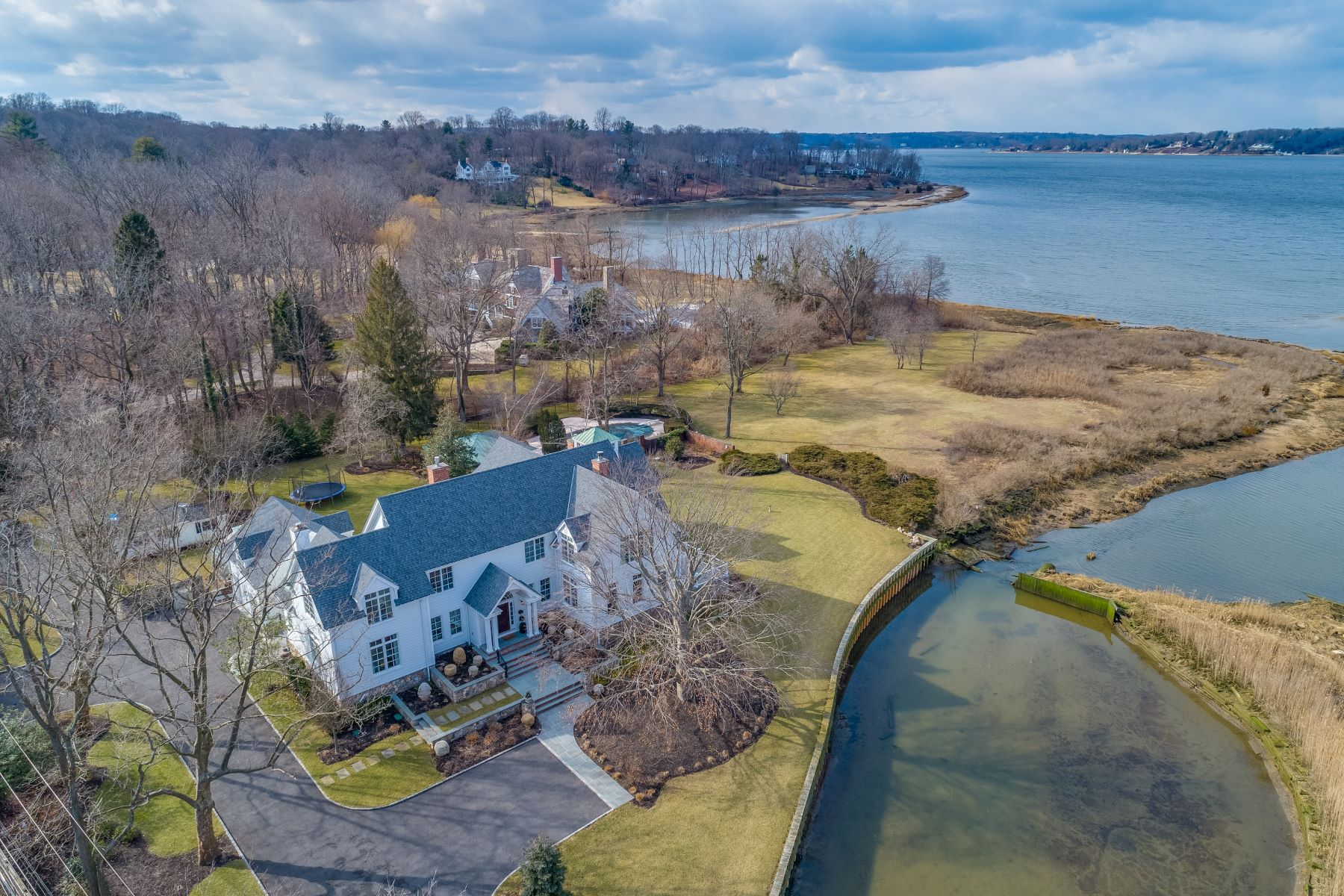Single Family Homes for Active at Oyster Bay 3 Cove Neck Rd Oyster Bay, New York 11771 United States