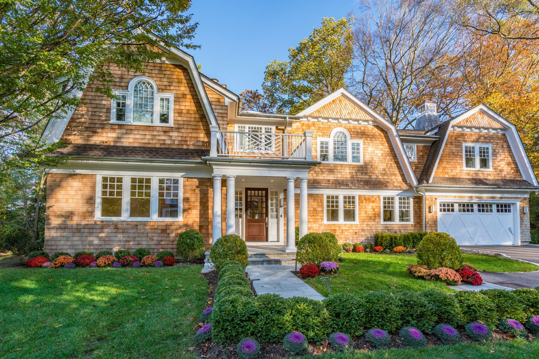 Single Family Homes for Sale at East Hills 115 Sycamore Drive East Hills, New York 11576 United States