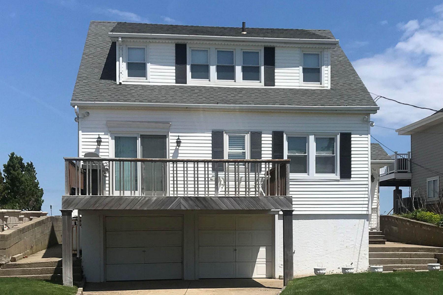 Single Family Homes vì Bán tại Northport 44 Makamah Beach Road, Northport, New York 11768 Hoa Kỳ