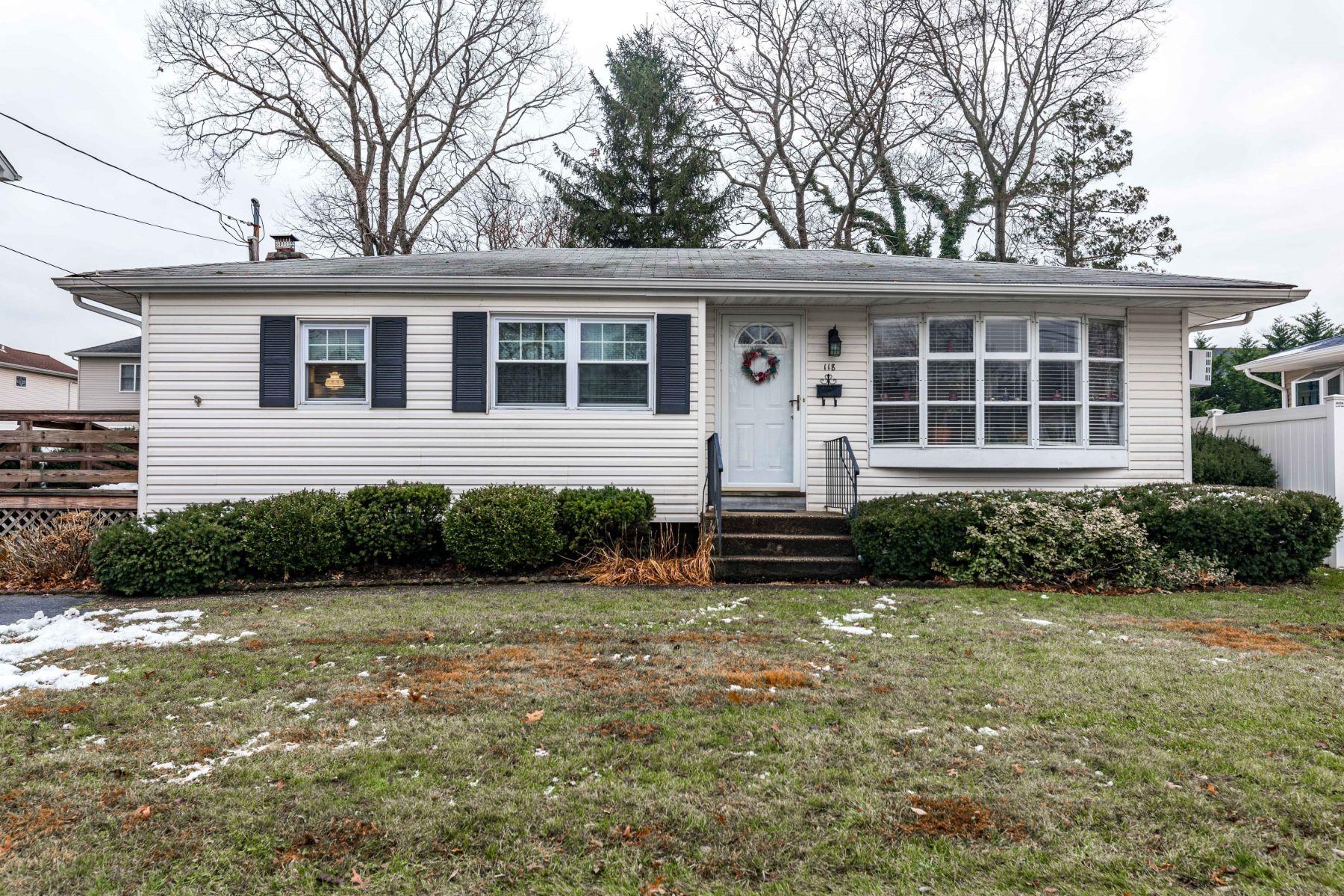 Single Family Homes for Sale at Massapequa 118 Rhode Island Avenue Massapequa, New York 11758 United States