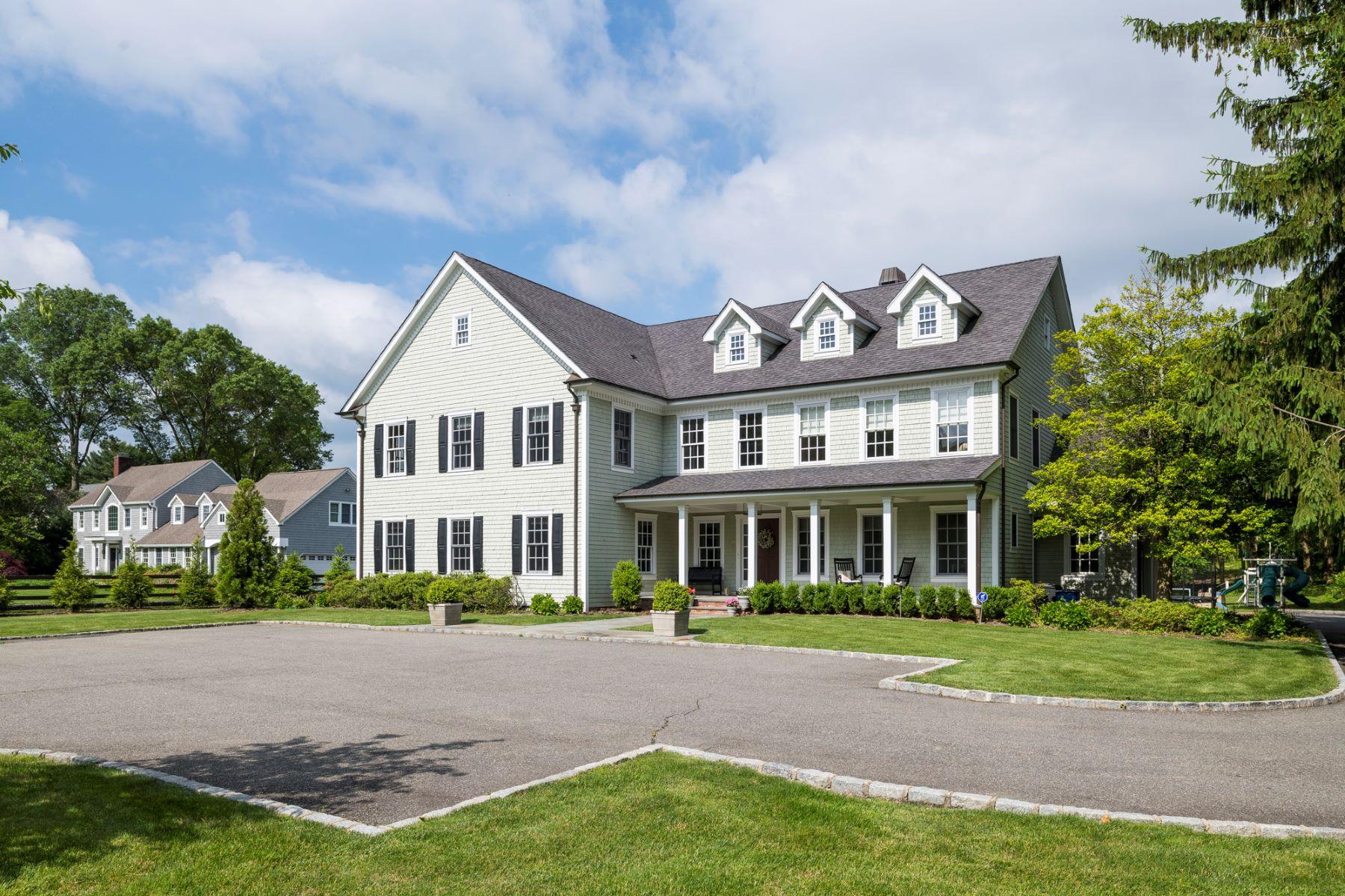 Single Family Homes 為 出售 在 Cold Spring Hrbr 111 Goose Hill Rd, Cold Spring Harbor, 纽约 11724 美國
