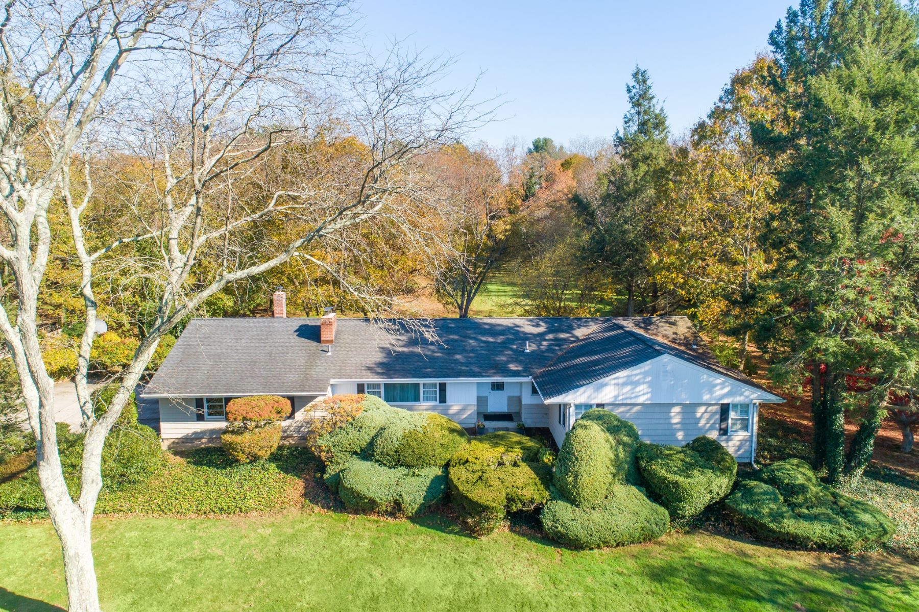 Single Family Homes for Sale at Cold Spring Hrbr 12 North Run Cold Spring Harbor, New York 11724 United States