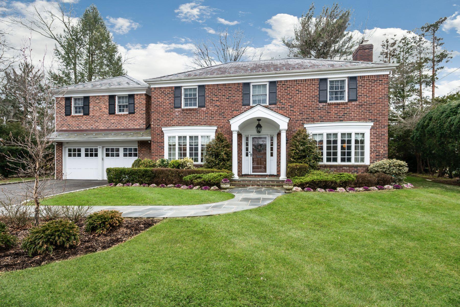 Single Family Homes for Active at Manhasset 34 Vanderlyn Dr Manhasset, New York 11030 United States