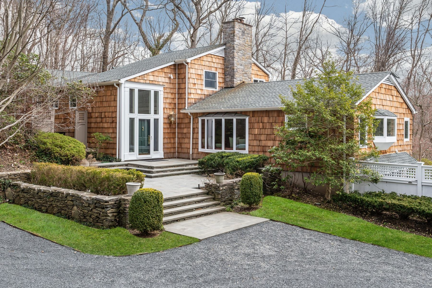 Single Family Homes for Active at Laurel Hollow 1160 Cove Edge Rd Laurel Hollow, New York 11791 United States