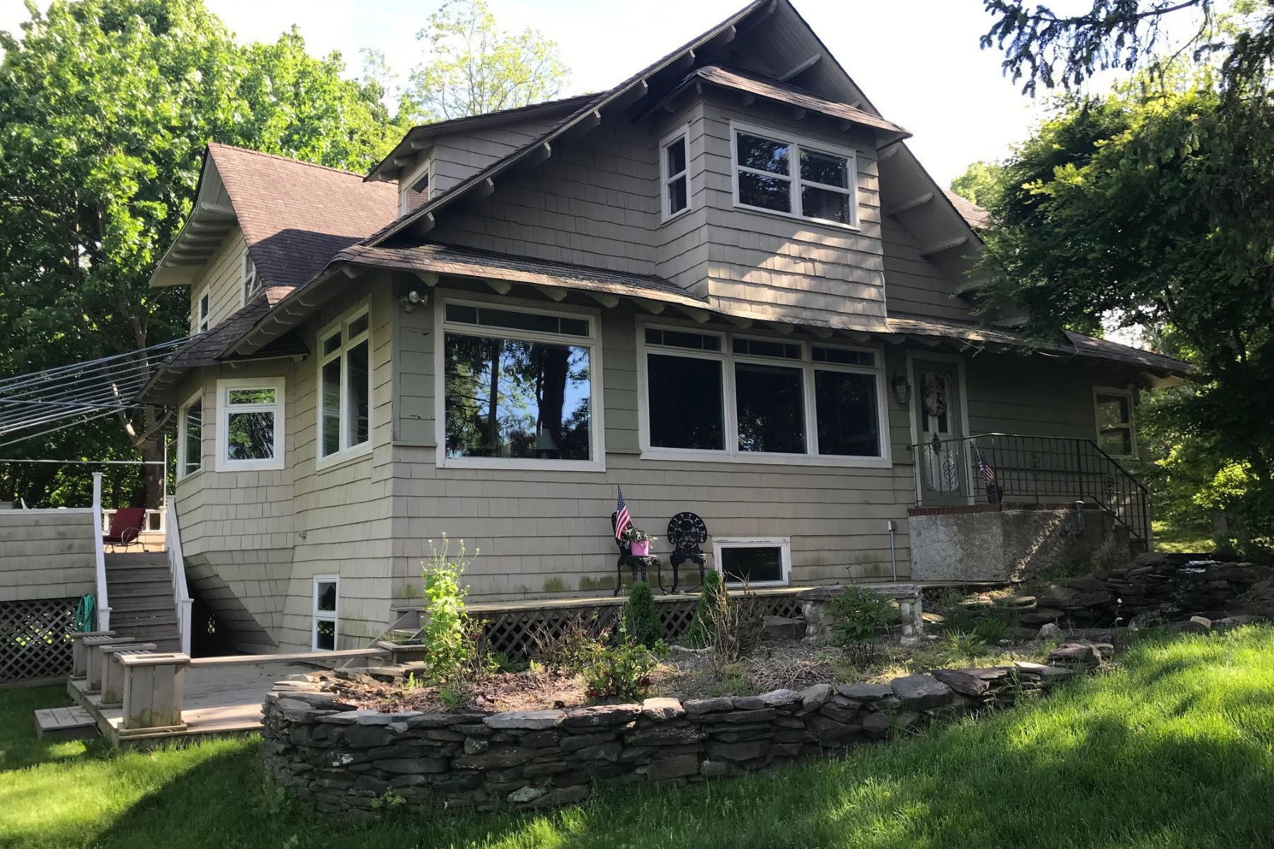 Single Family Homes for Active at Shoreham 16 Wardencliff Rd Shoreham, New York 11786 United States