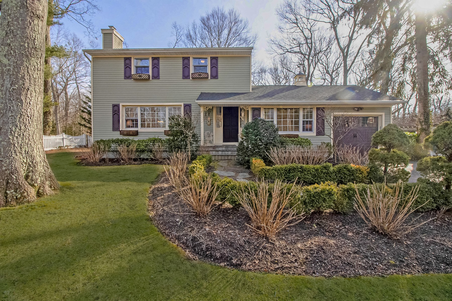 Single Family Homes for Sale at Setauket 6 Friends Road Setauket, New York 11733 United States
